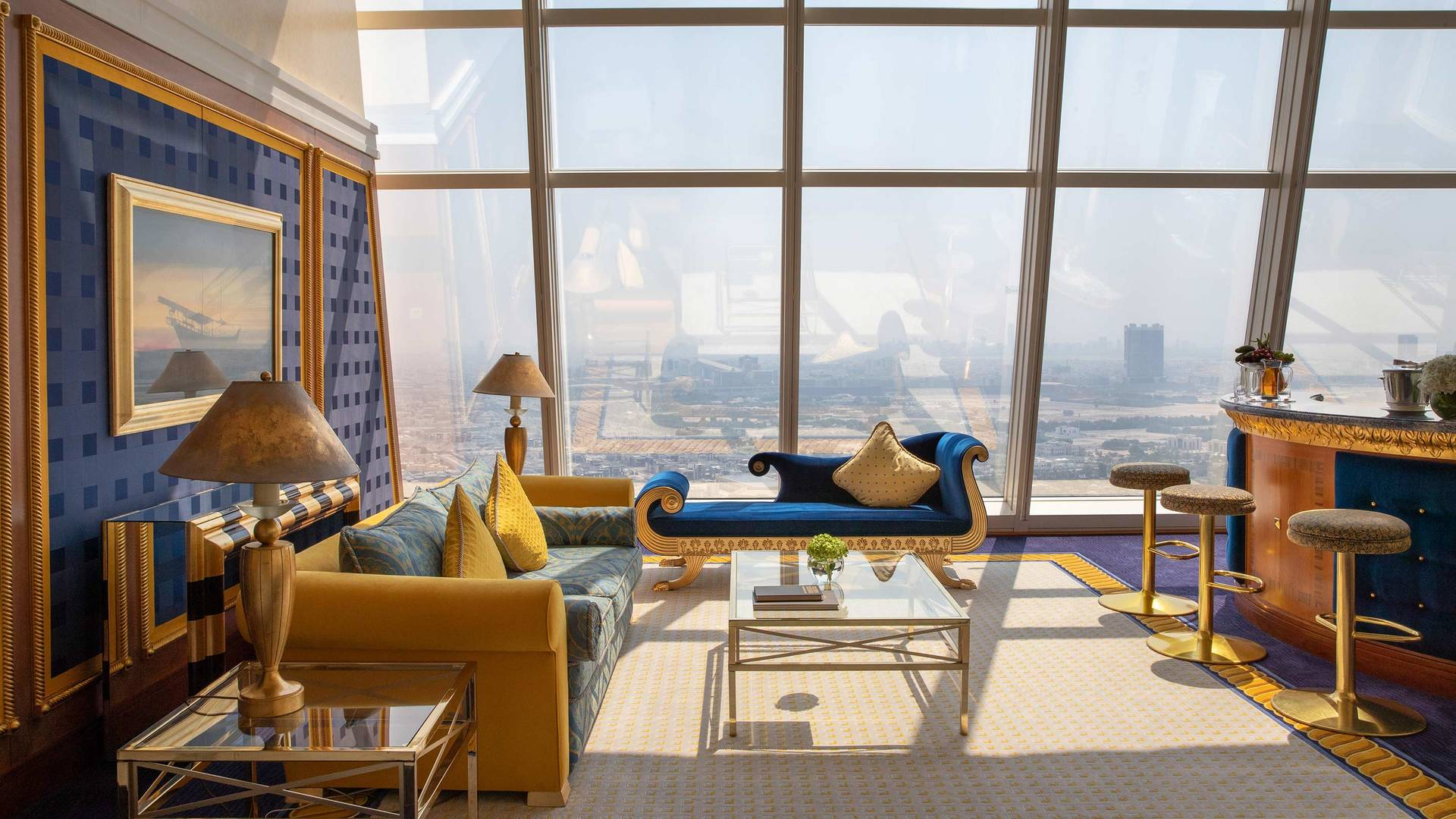 Jumeirah Burj Al Arab Club Suite Living room with city view