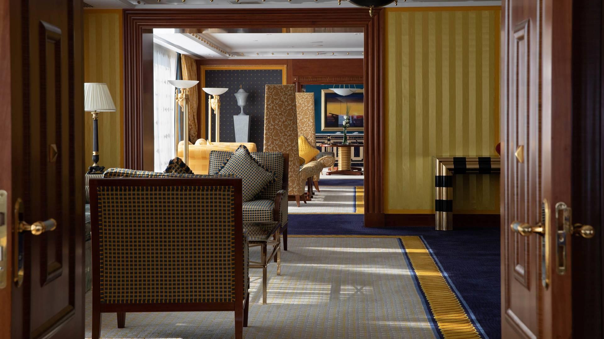 Jumeirah Burj Al Arab Presidential suite living room 2_16-9