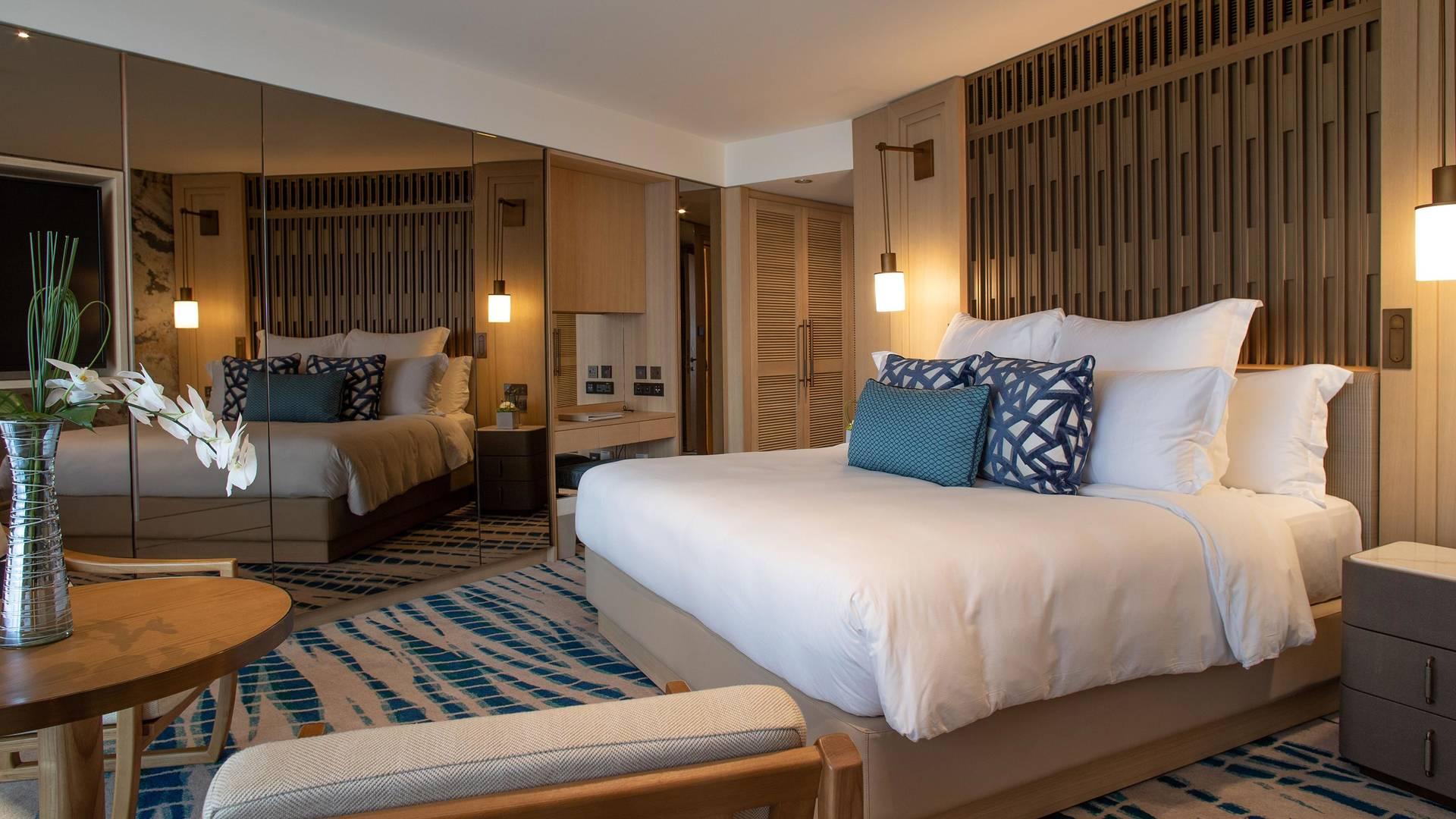 Bedroom in the Ocean Deluxe Room of Jumeirah Beach Hotel