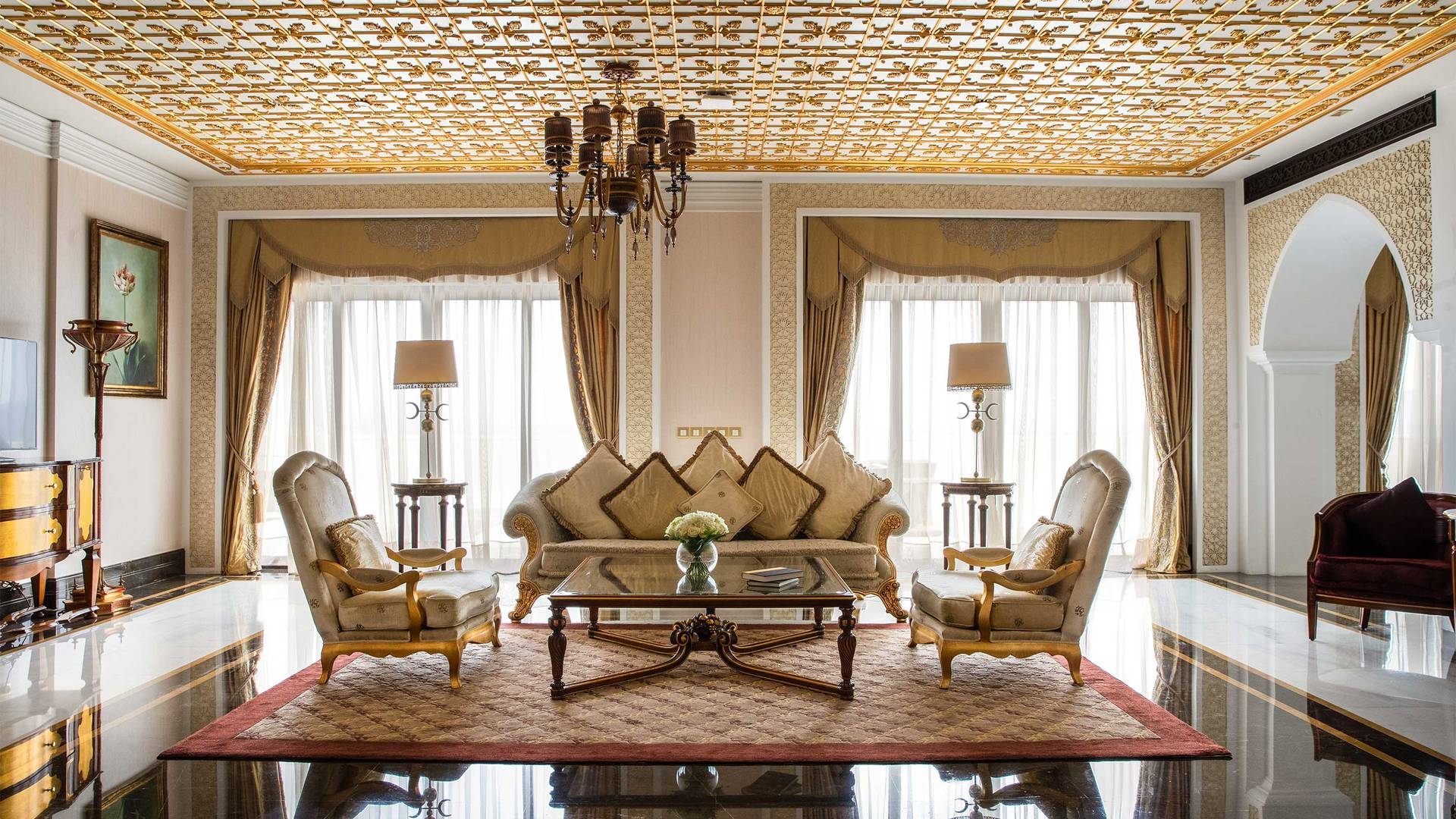 16-9_Jumeirah-Zabeel-Saray---Grand-Imperial-Suite---Living-Room-Area
