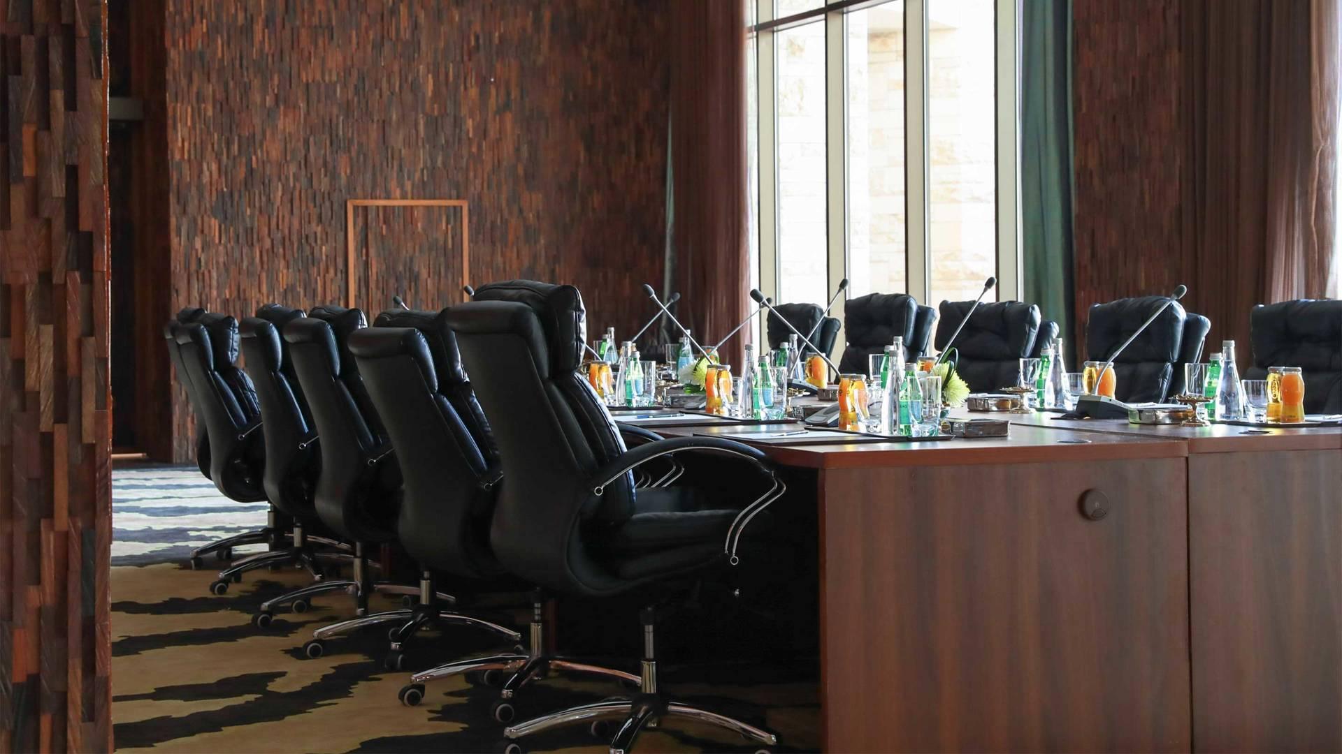 https://cdn.jumeirah.com/-/mediadh/DH/Hospitality/Jumeirah/Hotels/Kuwait/Jumeirah-Messilah-Beach-Hotel-and-Spa/Meeting-Rooms/Al-Sadu/16-9-Al-Sadu-left-close-Meeting-RoomJumeirahMessilahBeachHotelSpa5_landscape.jpg?h=1080&w=1920&hash=7E2B5F67EC2520CEB5B372D6C2DEBAED