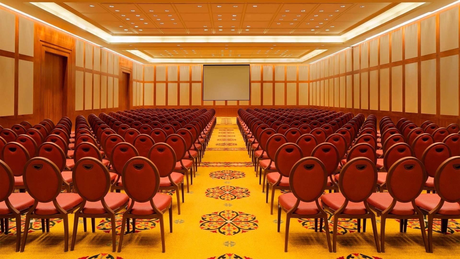 https://cdn.jumeirah.com/-/mediadh/DH/Hospitality/Jumeirah/Hotels/Kuwait/Jumeirah-Messilah-Beach-Hotel-and-Spa/Meeting-Rooms/Messilah-Ballroom/169JumeirahMessilahinterior-whole-BeachHotelSpaMessilah_landscape.jpg?h=1080&w=1920&hash=6C99167AEC279FC8E730B9B2E1C69F71