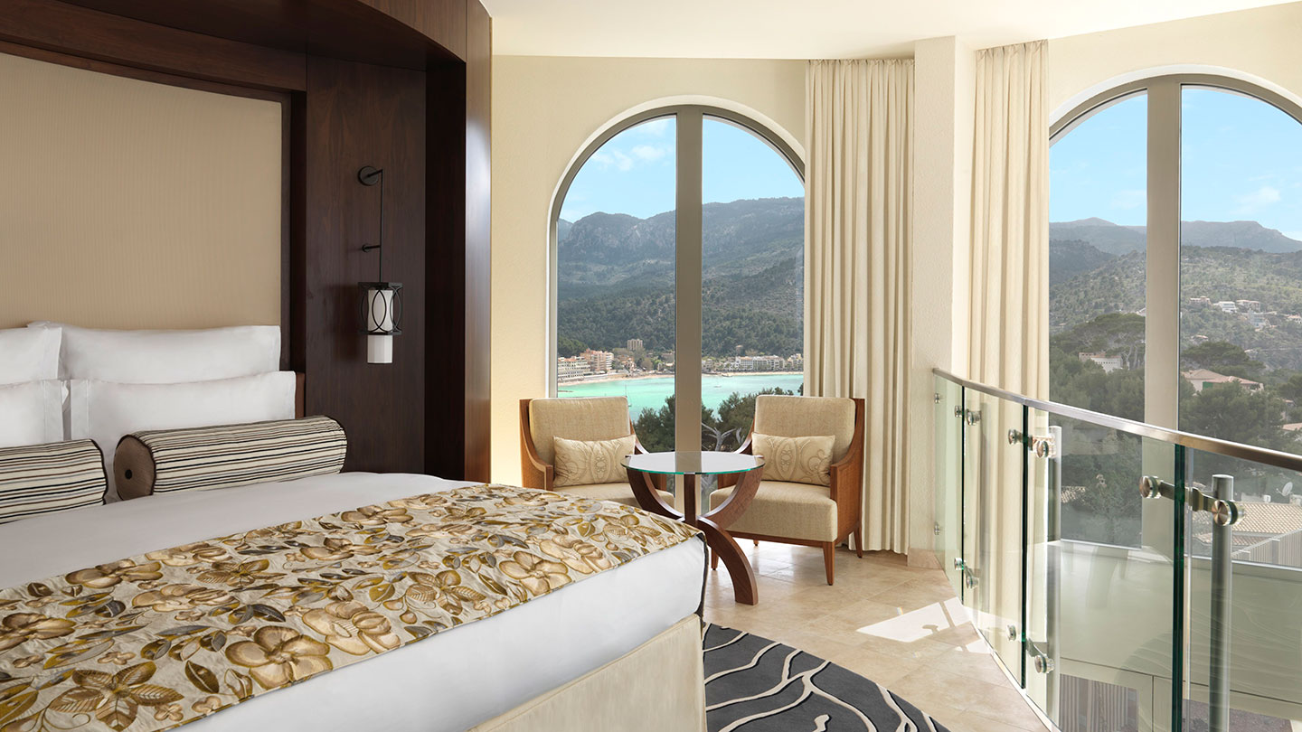 Jumeirah Port Soller Lighthouse Suite Bedroom