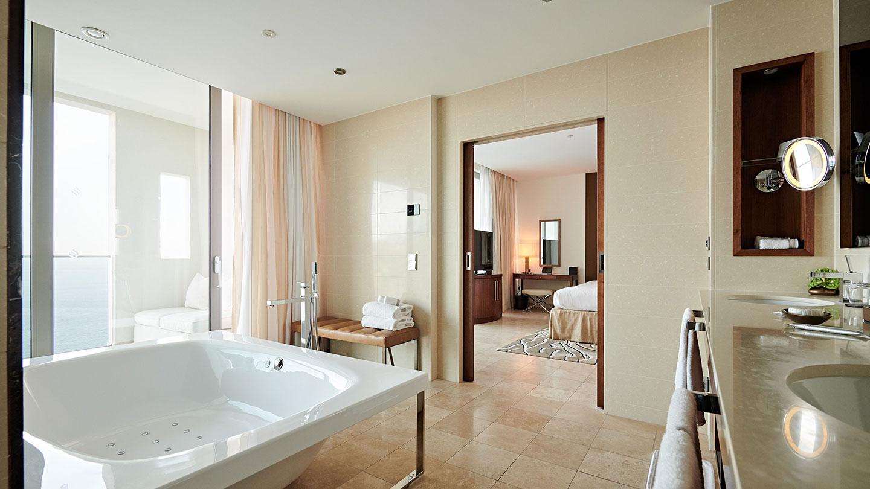 Jumeirah Port Soller Observatory Suite Bathroom