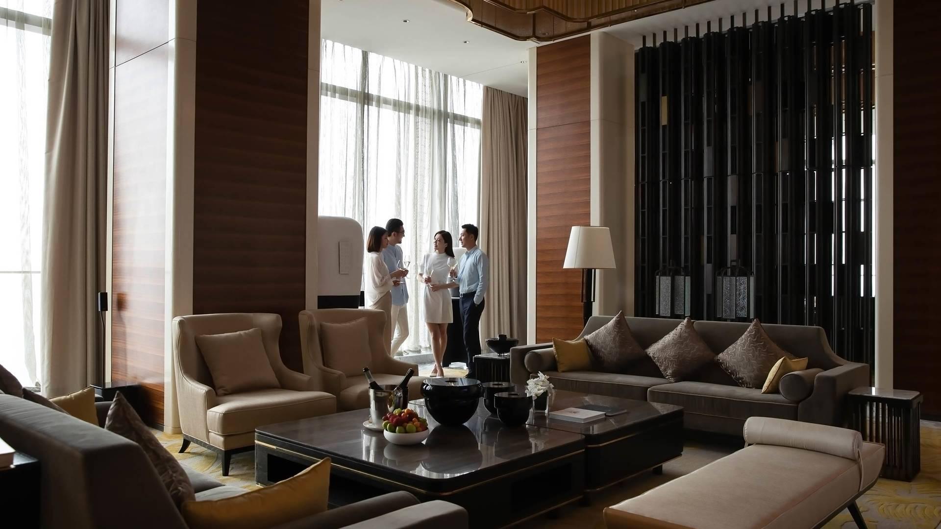 Jumeirah Nanjing Presidential suite business livingroom_16-9