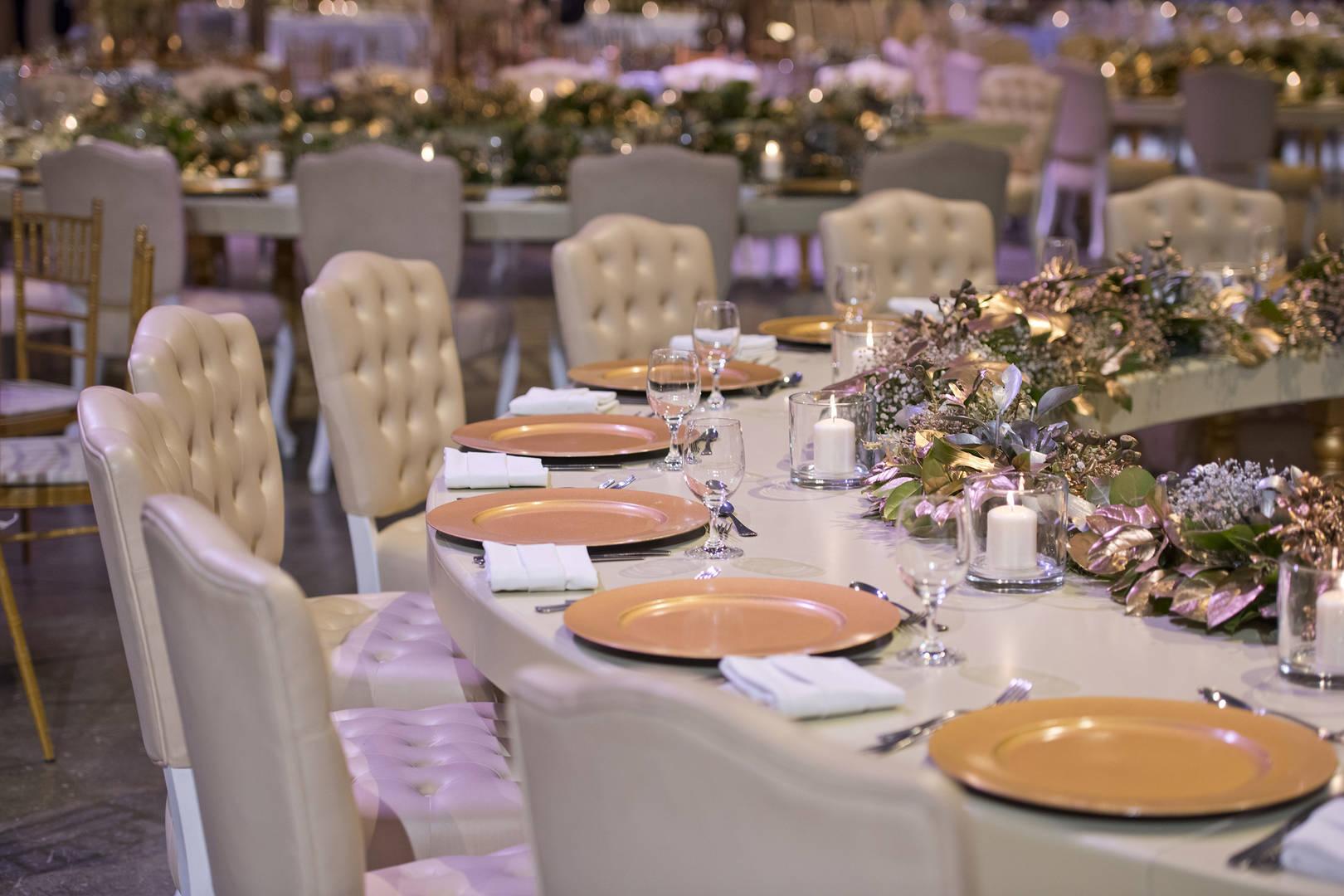 https://cdn.jumeirah.com/-/mediadh/DH/Hospitality/Jumeirah/Occasion/Dubai/Burj-Al-Arab/Al-Naseem-Al-Qasr-Dar-Al-Masyaf-A-Salam/Dinning/6-4/Madinat-Jumeirah-Madinat-Arena-Wedding-Event-6-4.jpg?h=1080&w=1620&hash=2BCE78940996EAD2E8DE4036A5A9C7DA