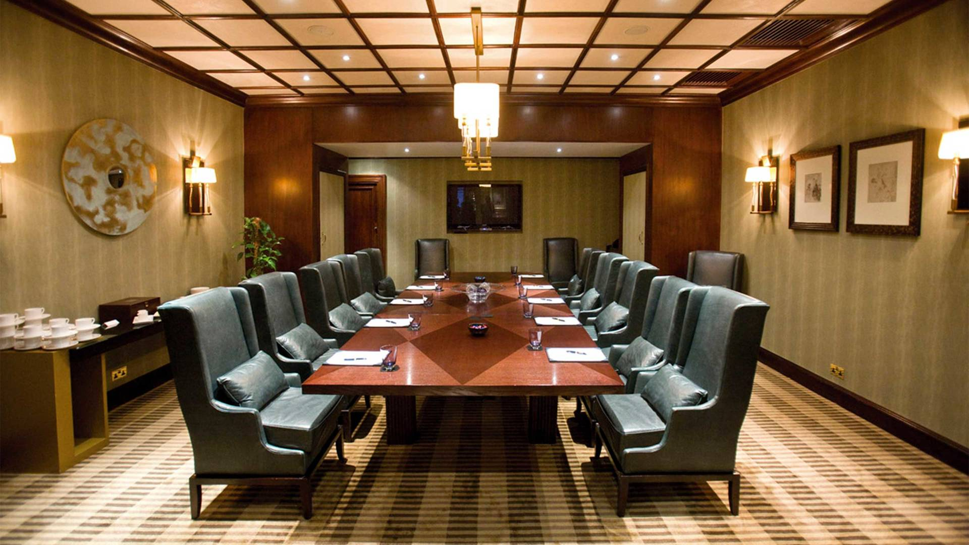 https://cdn.jumeirah.com/-/mediadh/DH/Hospitality/Jumeirah/Occasion/Dubai/Burj-Al-Arab/Al-Naseem-Al-Qasr-Dar-Al-Masyaf-A-Salam/Venues/16-9_Boardroom.jpg?h=1080&w=1920&hash=8324D82B9A61D61C327561F42F35ACA9