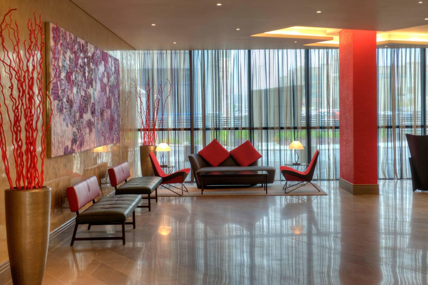 https://cdn.jumeirah.com/-/mediadh/DH/Hospitality/Jumeirah/Occasion/Dubai/Creekside-Hotel/JumeirahCreeksideHotelAtelier265.jpg?h=1080&w=1620&hash=96713EC611C9F778B55B7C7B19282F38