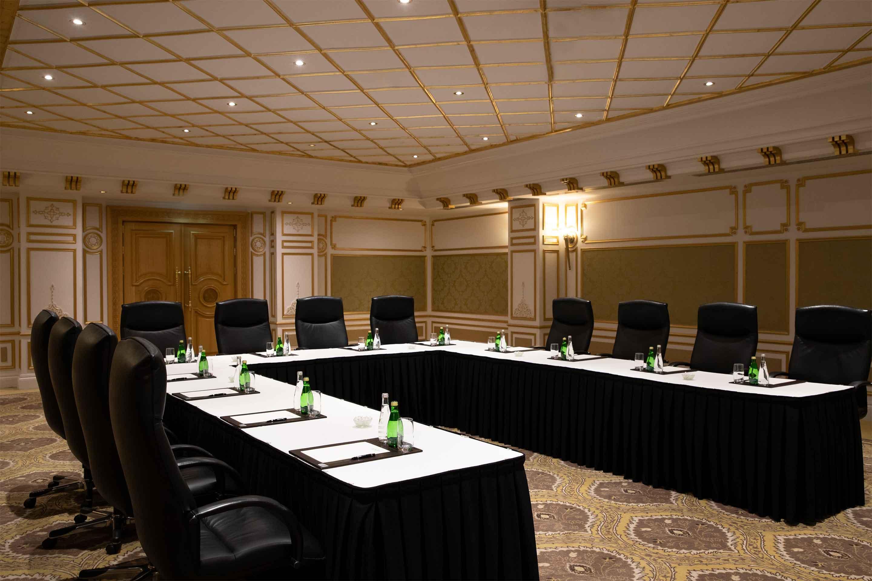 https://cdn.jumeirah.com/-/mediadh/DH/Hospitality/Jumeirah/Occasion/Dubai/Zabeel-Saray/Meeting/65_Venues_Jumeirah-Zabeel-Saray-Events-Meeting-Room-U-Shape-02_6-4.jpg?h=1920&w=2880&hash=9AE157B3368D0AAA538735B188E57428
