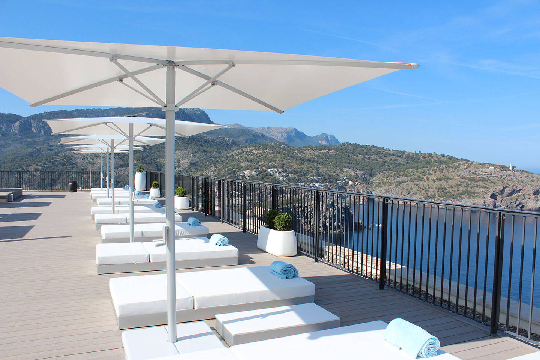 https://cdn.jumeirah.com/-/mediadh/DH/Hospitality/Jumeirah/Occasion/Mallorca/Corporate-Catering/Low_resolution_72dpi-Jumeirah-Port-Soller-Tramuntana-Terrace_6-4.jpg?h=960&w=1440&hash=05E570604BD73E34825CDA10CD5A337A