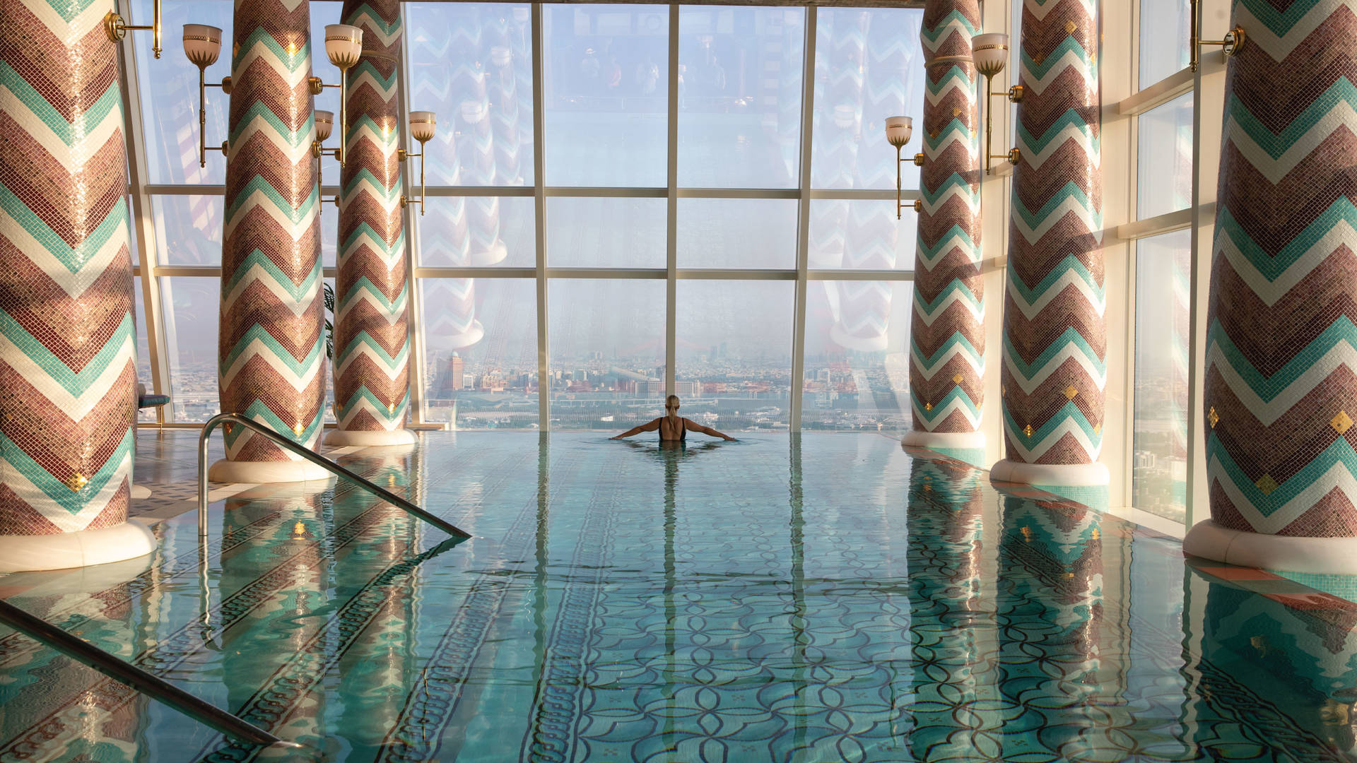 https://cdn.jumeirah.com/-/mediadh/DH/Hospitality/Jumeirah/Offers/offer-images/burj-al-arab-talise-spa-female-pool4-hero.jpg?h=1080&w=1920&hash=5100F1AF52DDB5FD53AD2BA9D2AA49C7