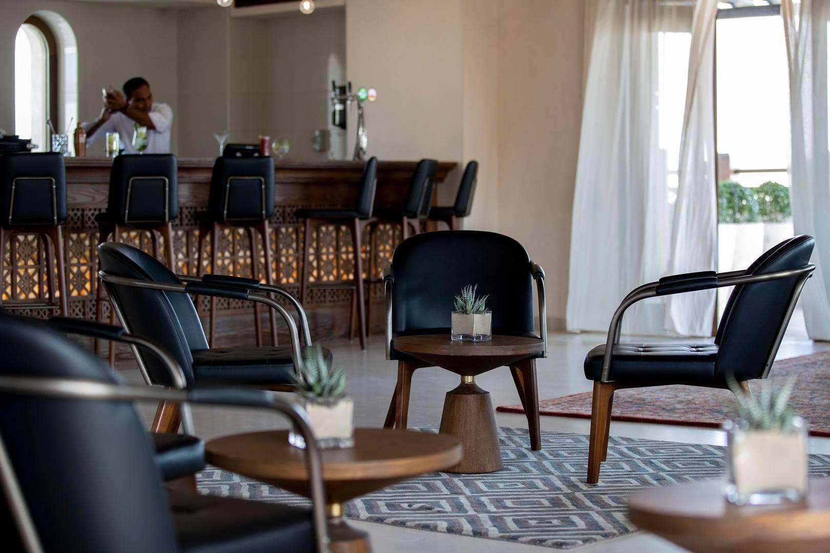 https://cdn.jumeirah.com/-/mediadh/DH/Hospitality/Jumeirah/Restaurants/Abu-Dhabi/Al-Wathba-El-Mesayan/Restaurant-Gallery/High_resolution_300dpi-Jumeirah-Al-Wathba_Restaurant_Al-Mesayan-13_6-4.jpg?h=1080&w=1620&hash=92B853B298C5D6D3477BA420DDF7A158