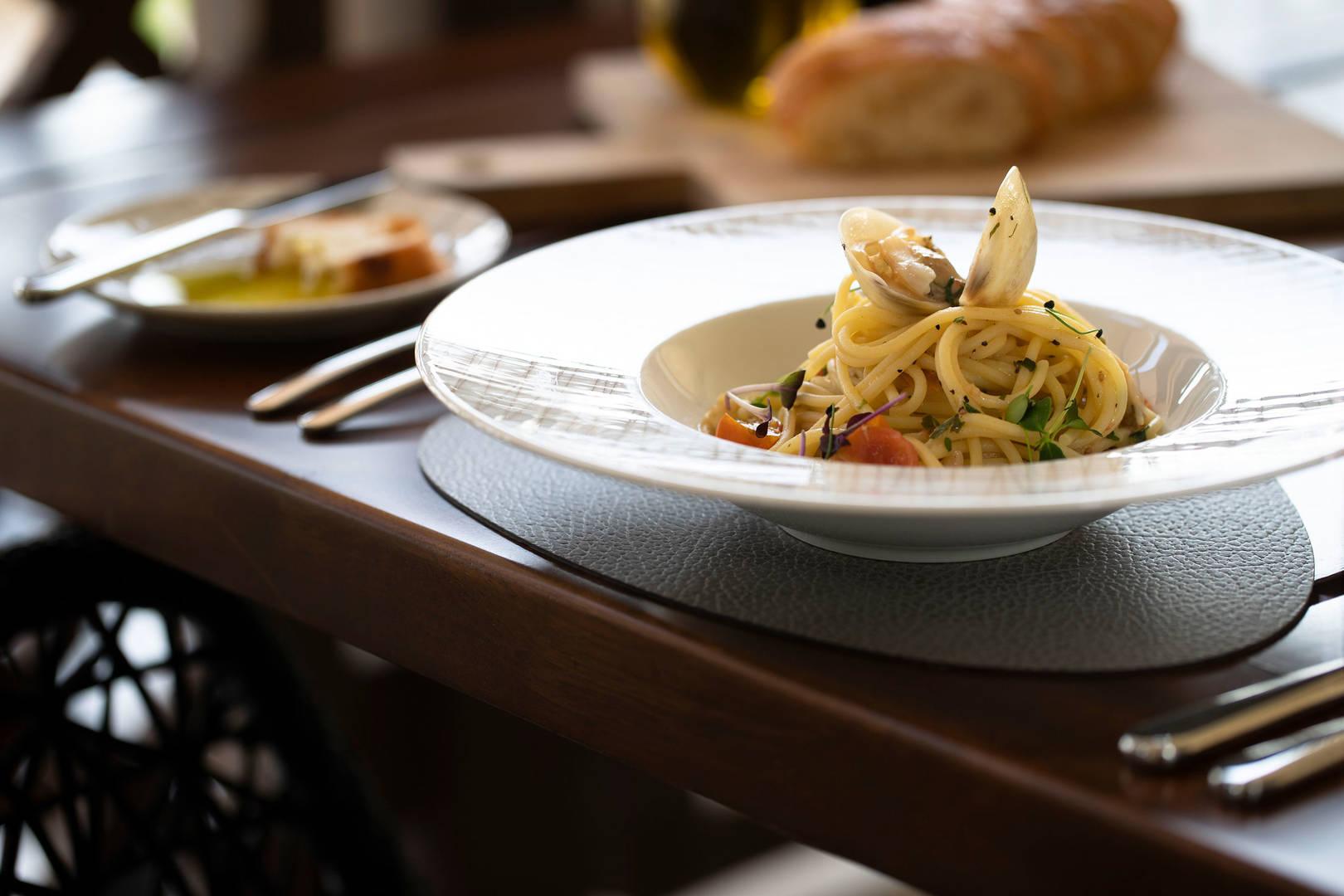 https://cdn.jumeirah.com/-/mediadh/DH/Hospitality/Jumeirah/Restaurants/Abu-Dhabi/Al-Wathba-Terra-Secca/Restaurant-Gallery/High_resolution_300dpi-Jumeirah-Al-Wathba_-Restaurant_Terra-Secca-1_6-4.jpg?h=1080&w=1620&hash=272D7D3CA35A74DD33F89315A7EE2A21