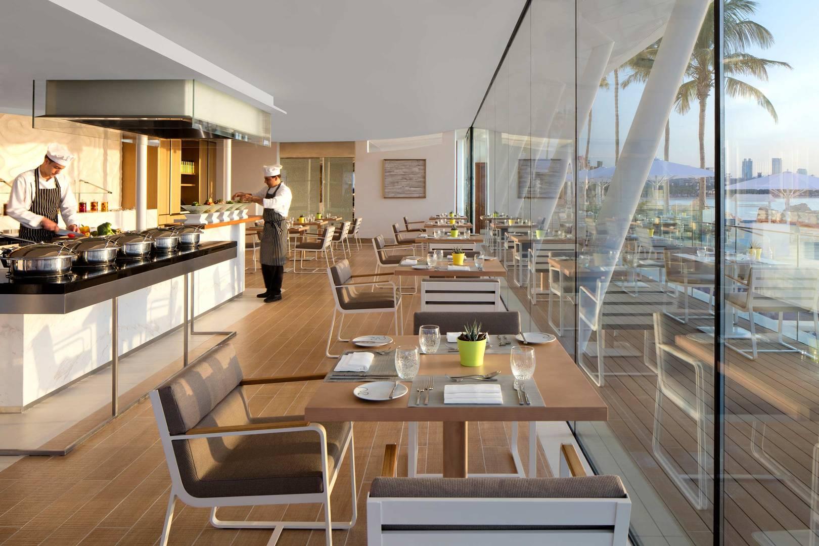 https://cdn.jumeirah.com/-/mediadh/DH/Hospitality/Jumeirah/Restaurants/Dubai/Burj-Al-Arab-Bab-Al-Yam/Restaurant-Gallery/Burj-Al-Arab-Jumeirah-Bab-Al-Yam_6-4.jpg?h=1080&w=1620&hash=8D753D1A3F606CE7ED2717196524051B