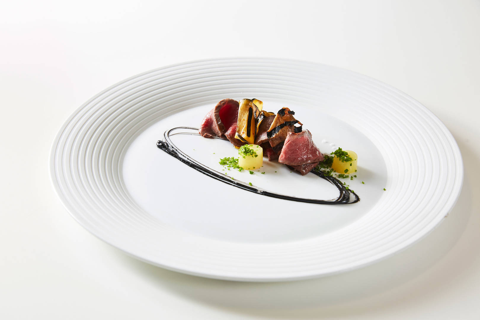 https://cdn.jumeirah.com/-/mediadh/DH/Hospitality/Jumeirah/Restaurants/Dubai/Burj-Al-Arab-Mahara/Restaurant-Gallery/AlMaharaMenu564.jpg?h=1080&w=1620&hash=7AF7092B280816A54AEEAC7E5FE0AFD0