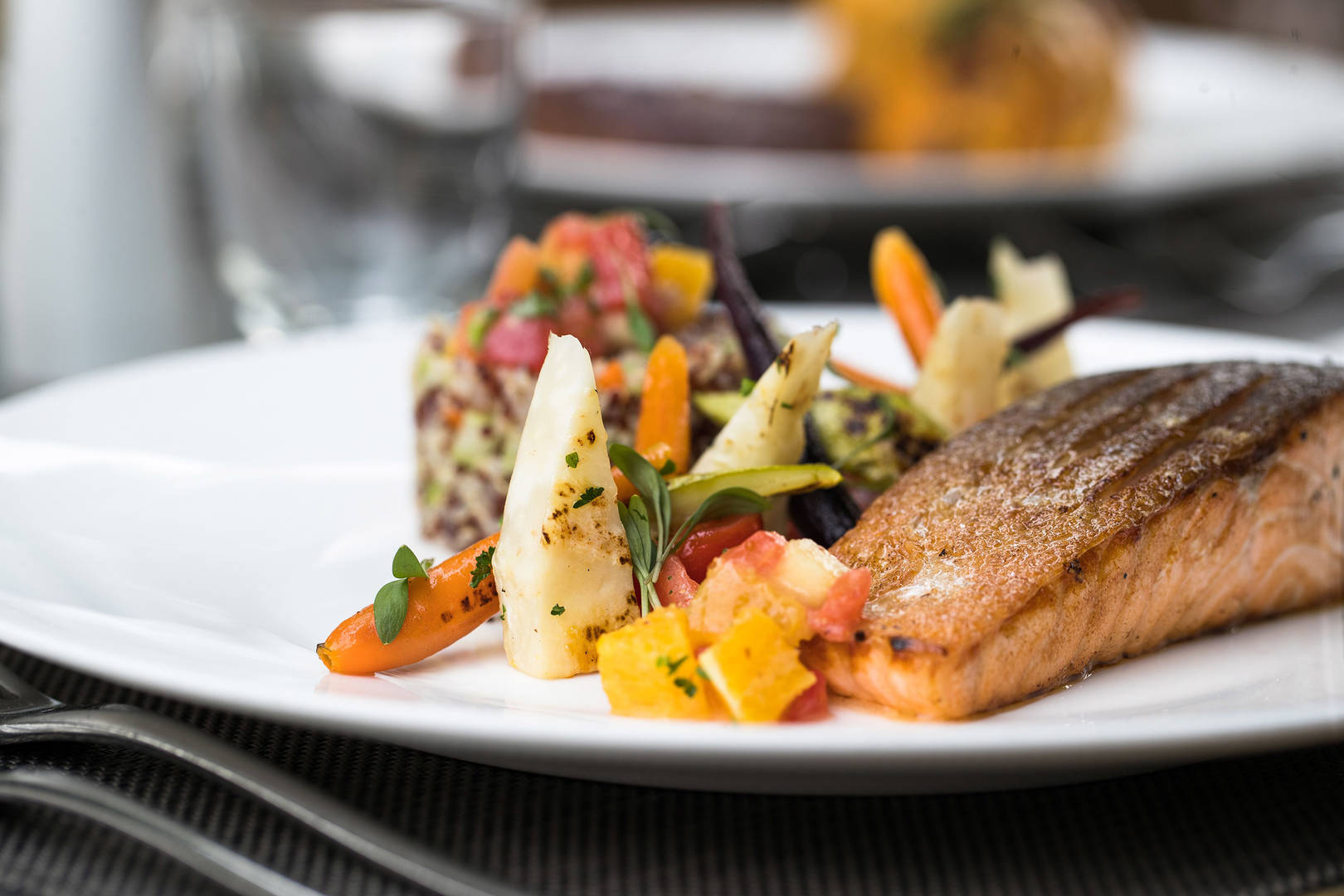 https://cdn.jumeirah.com/-/mediadh/DH/Hospitality/Jumeirah/Restaurants/Dubai/Creekside-Hotel-Nomad/Restaurant-Gallery/Jumeirah-Creekside-Hotel-Nomad-Restaurant-Food-6-4.jpg?h=1080&w=1620&hash=F490E48148DC0C94CF903FE477EFA9AF
