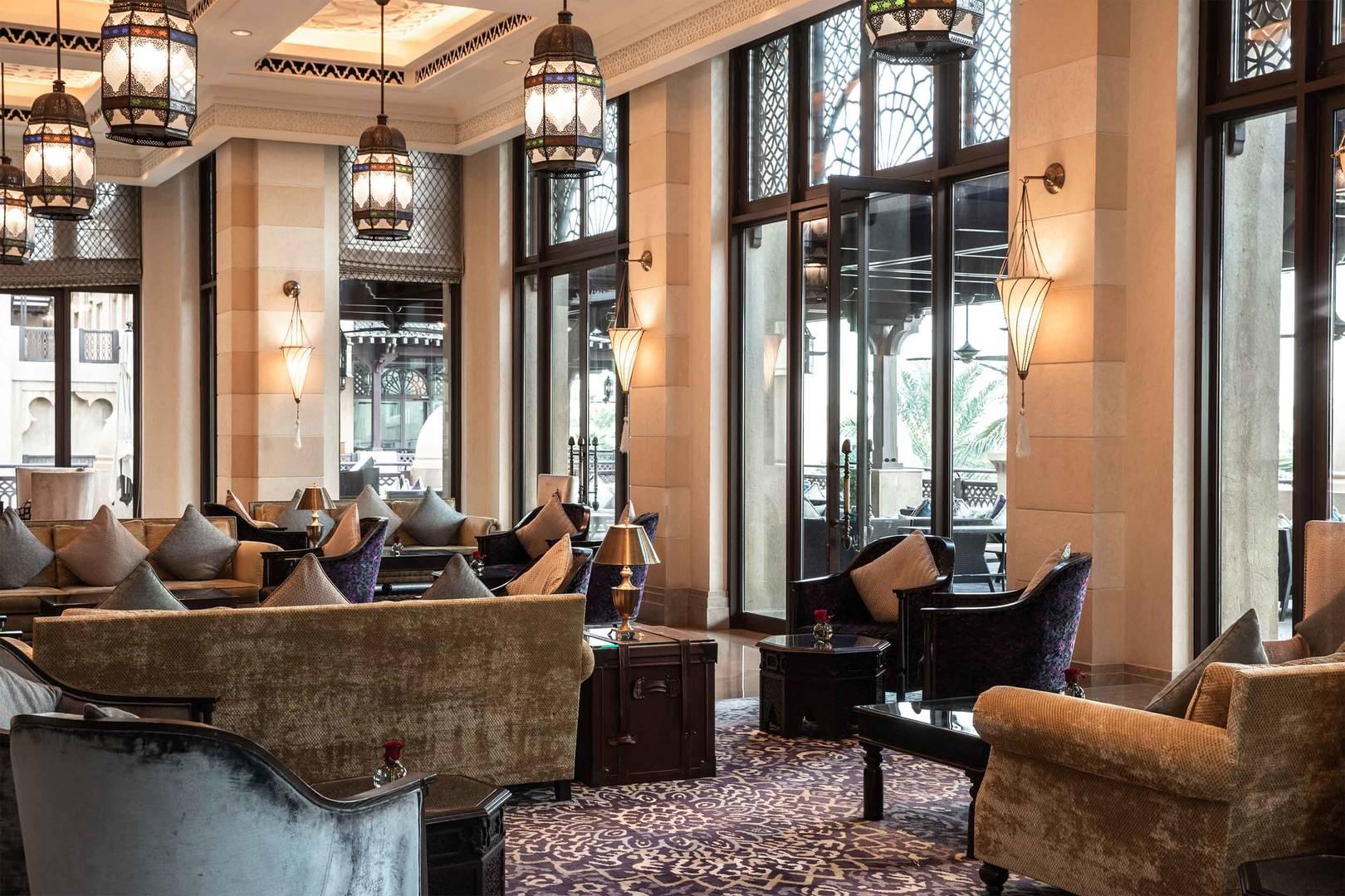 https://cdn.jumeirah.com/-/mediadh/DH/Hospitality/Jumeirah/Restaurants/Dubai/Mina-A-Salam-Al-Samar-Lounge/Restaurant-Gallery/6-4-Gallery_Jumeirah-Mina-A-Salam-Al-Samar-Lounge-5.jpg?h=1080&w=1620&hash=DB40D946B4D148F8239ABA141399C86D