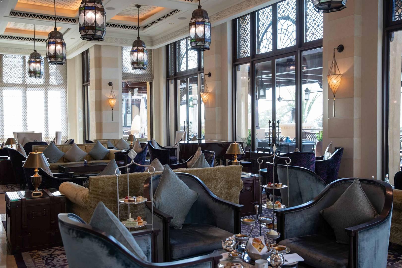 https://cdn.jumeirah.com/-/mediadh/DH/Hospitality/Jumeirah/Restaurants/Dubai/Mina-A-Salam-Al-Samar-Lounge/Restaurant-Gallery/6-4-Hero_Jumeirah-Mina-A-Salam-Al-Samar-Lounge-4.jpg?h=1080&w=1620&hash=FB862CE64F4F6AB81FC51915BF1954A1