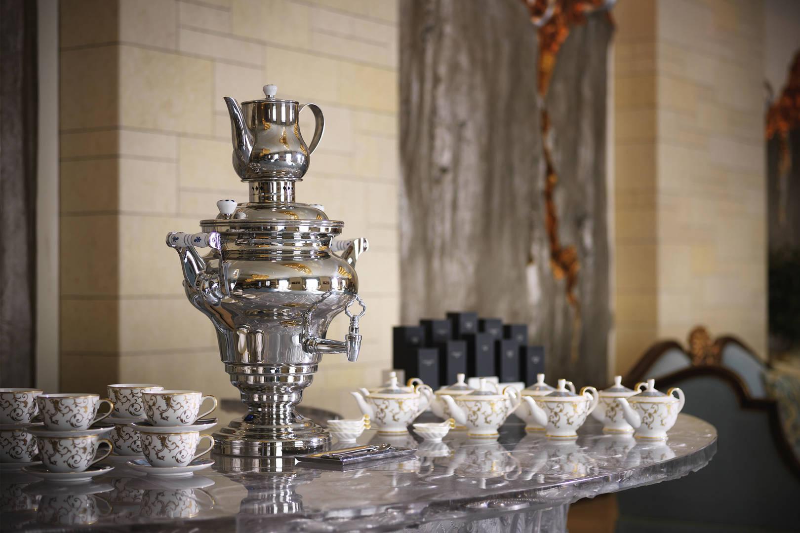 https://cdn.jumeirah.com/-/mediadh/DH/Hospitality/Jumeirah/Restaurants/Kuwait/Messilah-Tea-Lounge/Restaurant-Gallery/Jumeirah-Messilah-Beach-Hotel--Spa--Tea-Lounge64.jpg?h=1080&w=1620&hash=CE75508AFF4732550388DEC702688A60