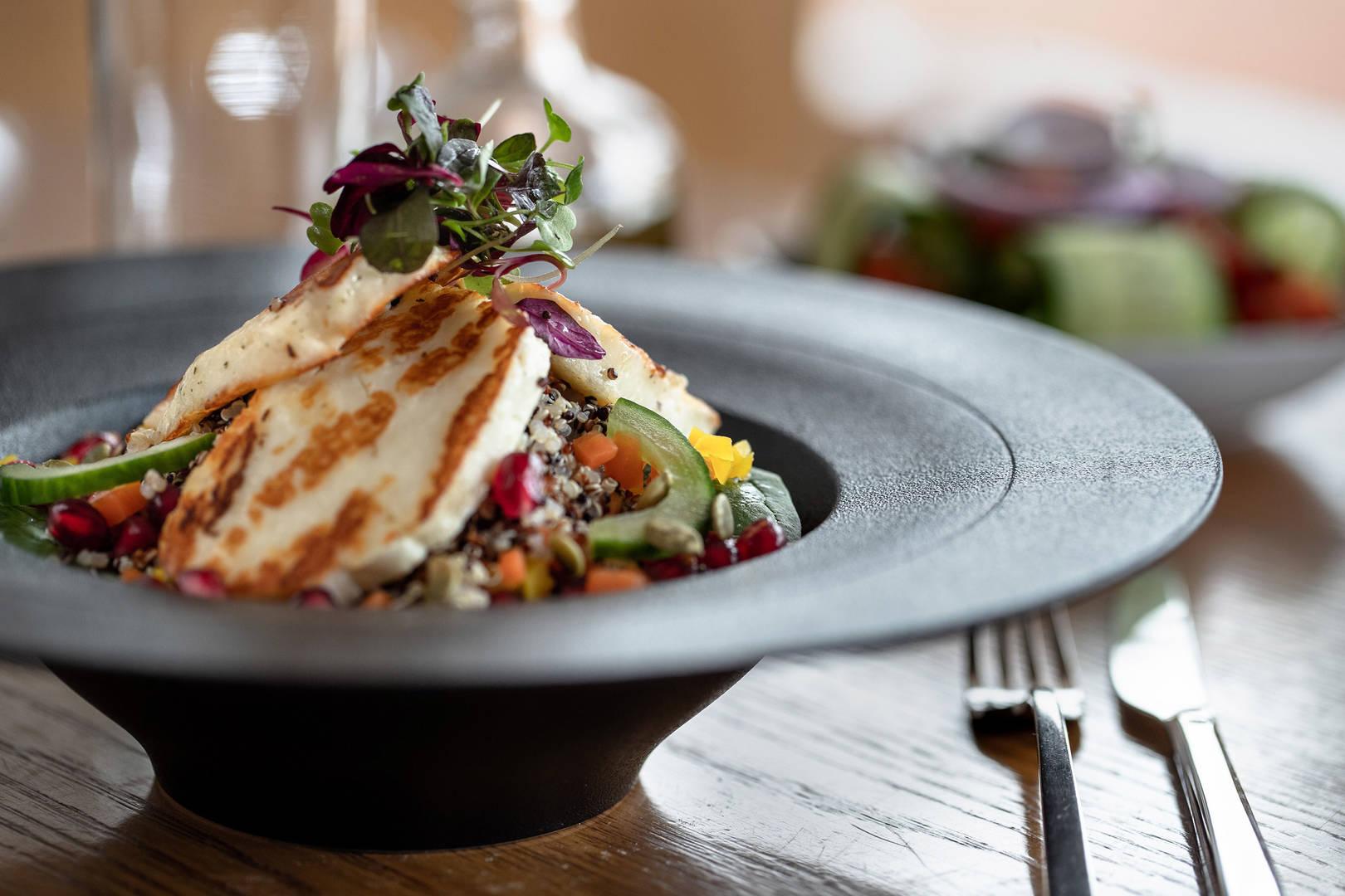 halloumi salad at Jumeirah Lowndes Hotel