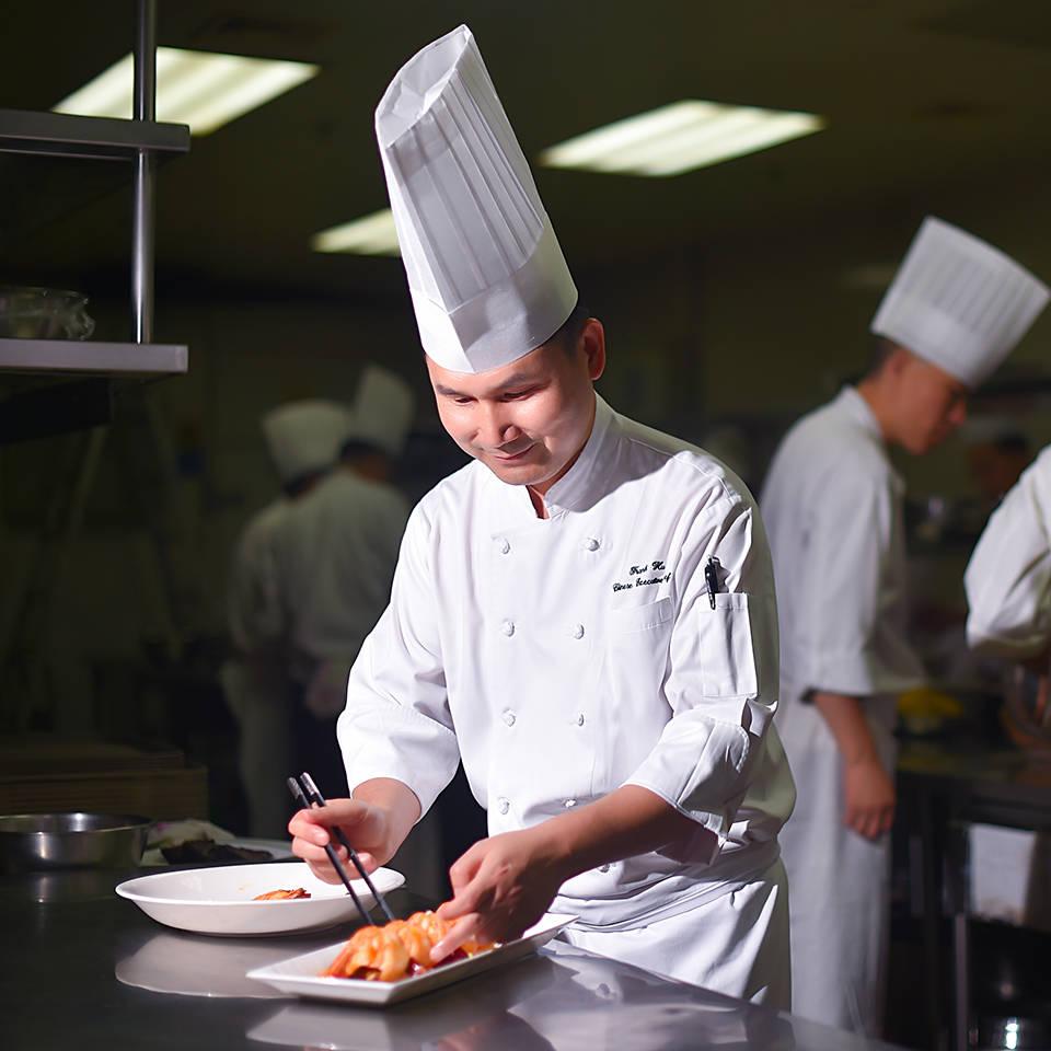 Jumeirah Himalayas Hotel Head chef Frank Hu_1-1
