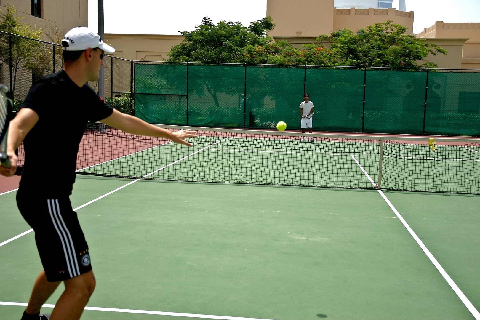 Tennis_6-4