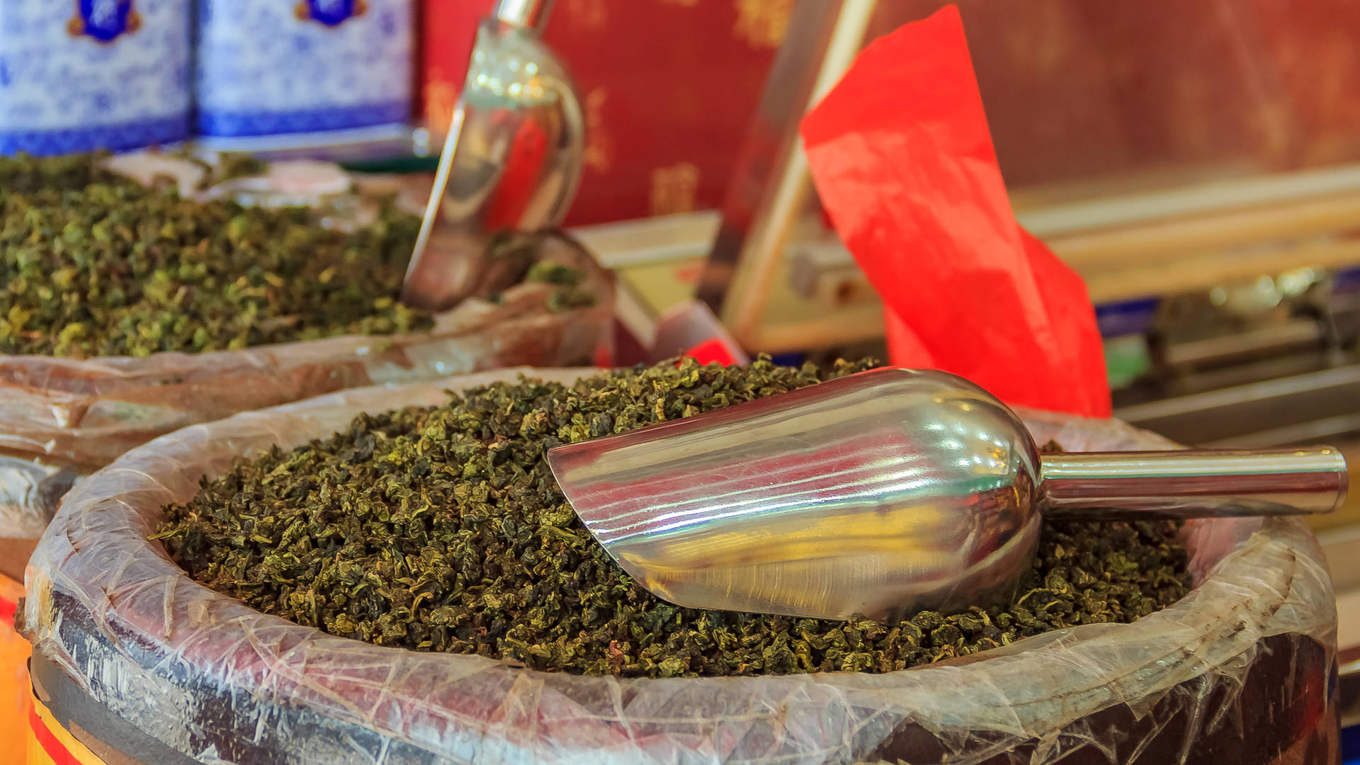 Tea in a Chinese market