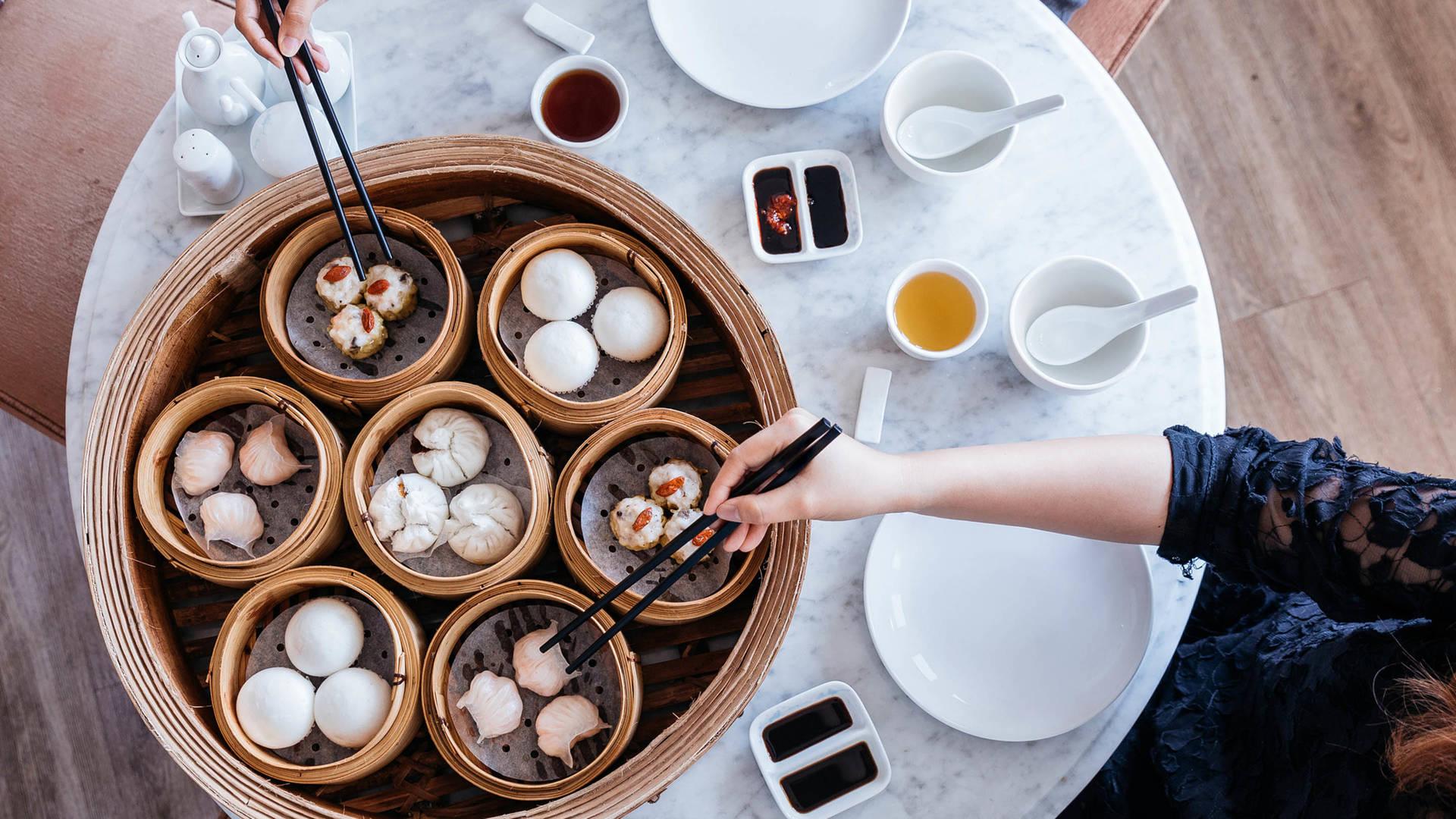 dim sum and buns eat cantonese in guangzhou