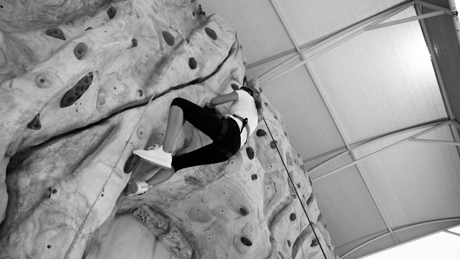 climbing active in dubai