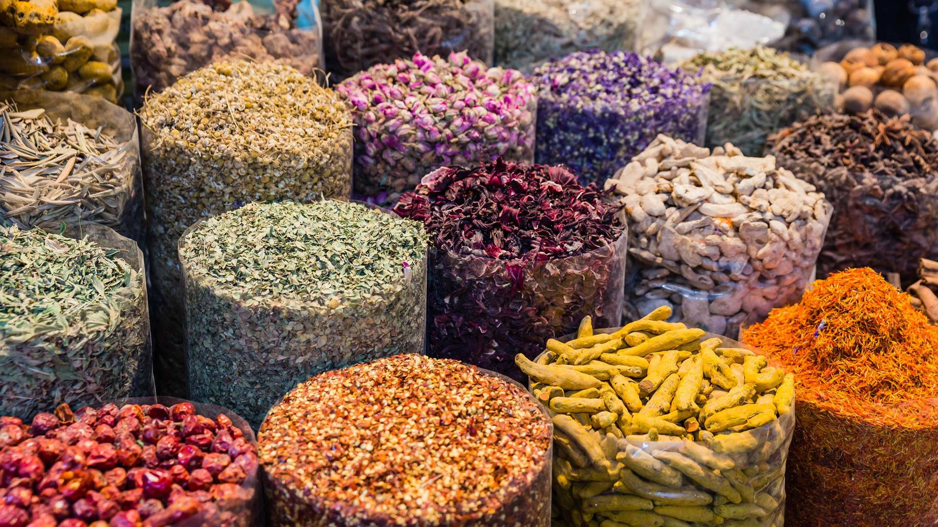 spices local souvenirs dubai