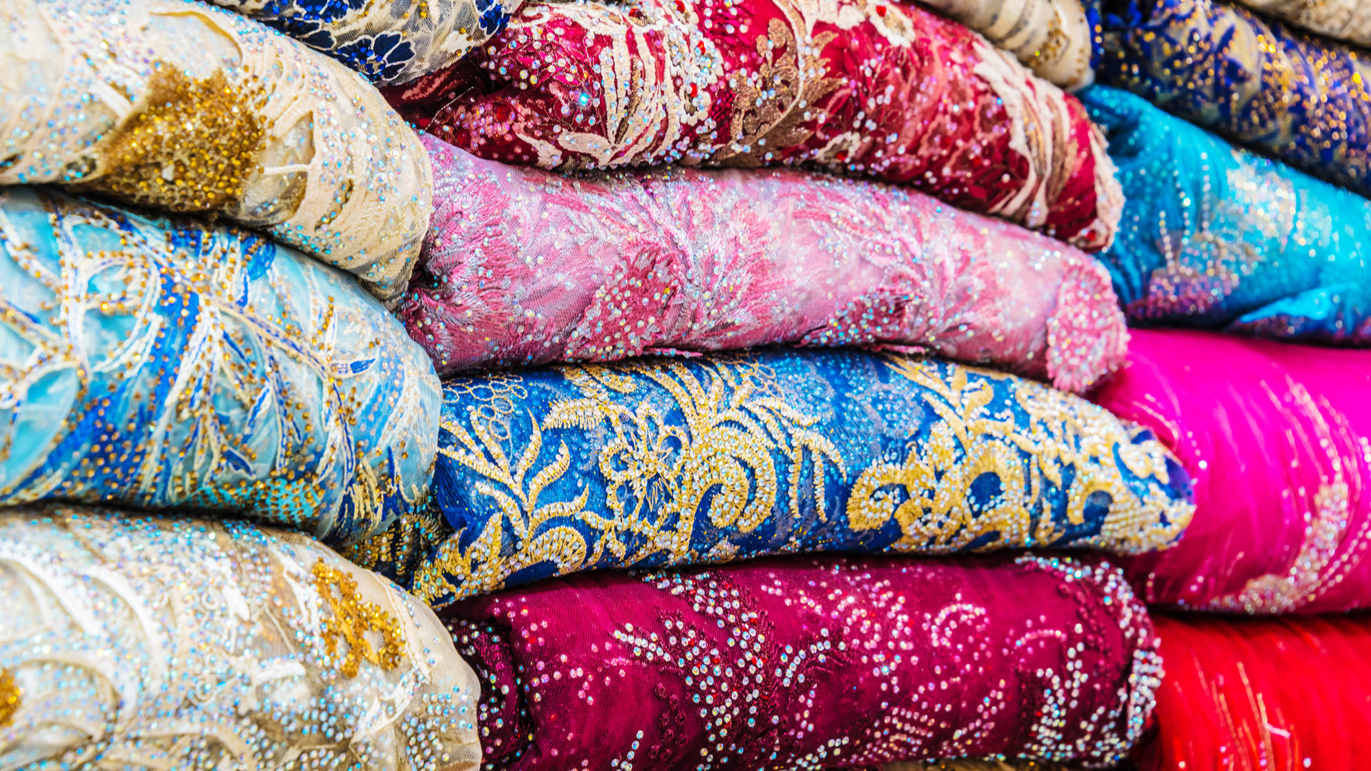 textiles souk Dubai