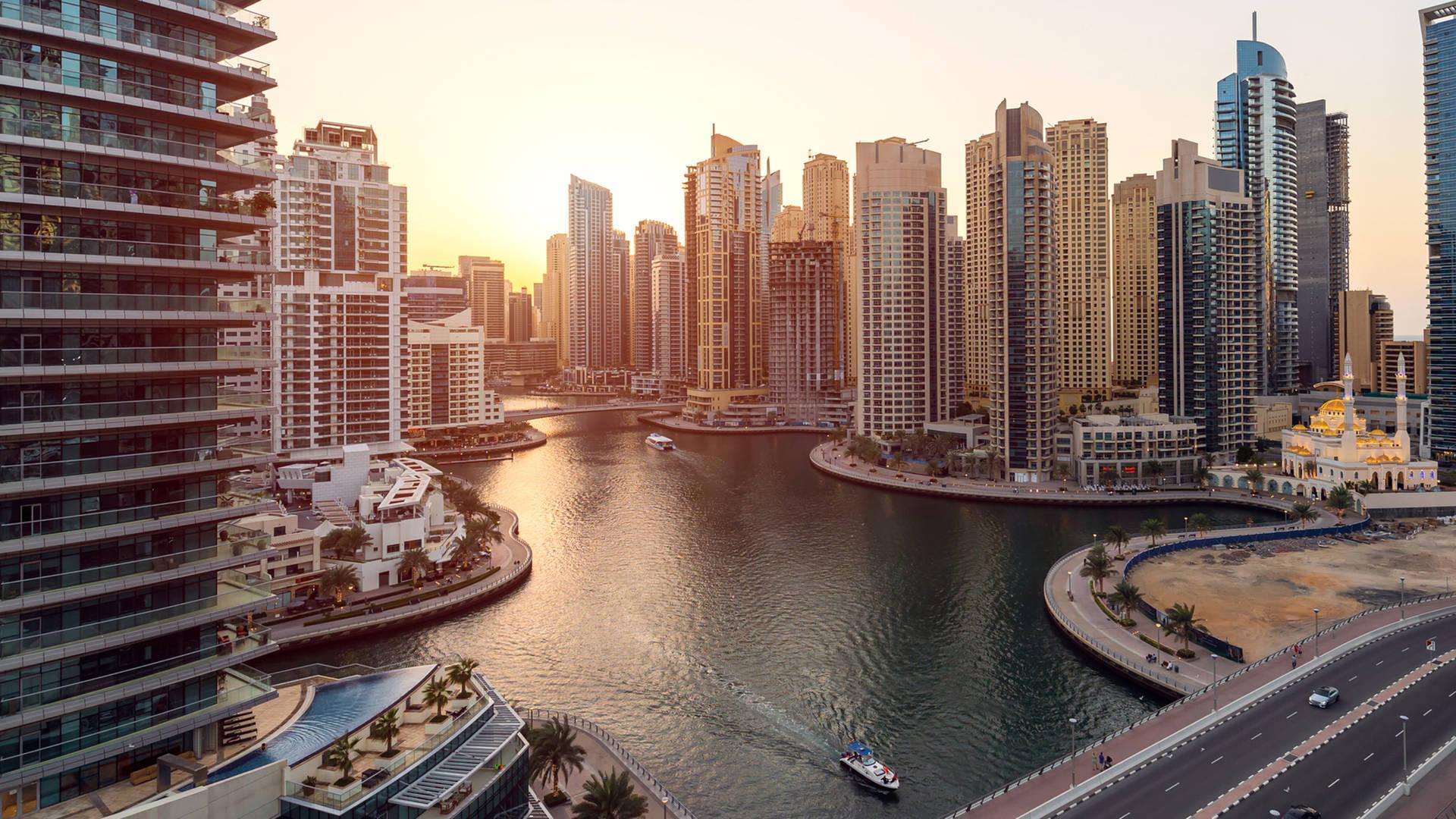 Sunset cruise Dubai Marina