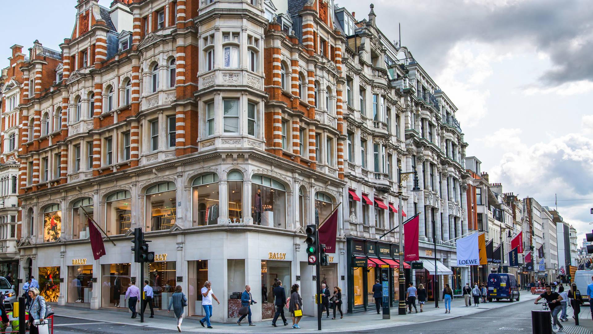 Luxury shopping in London