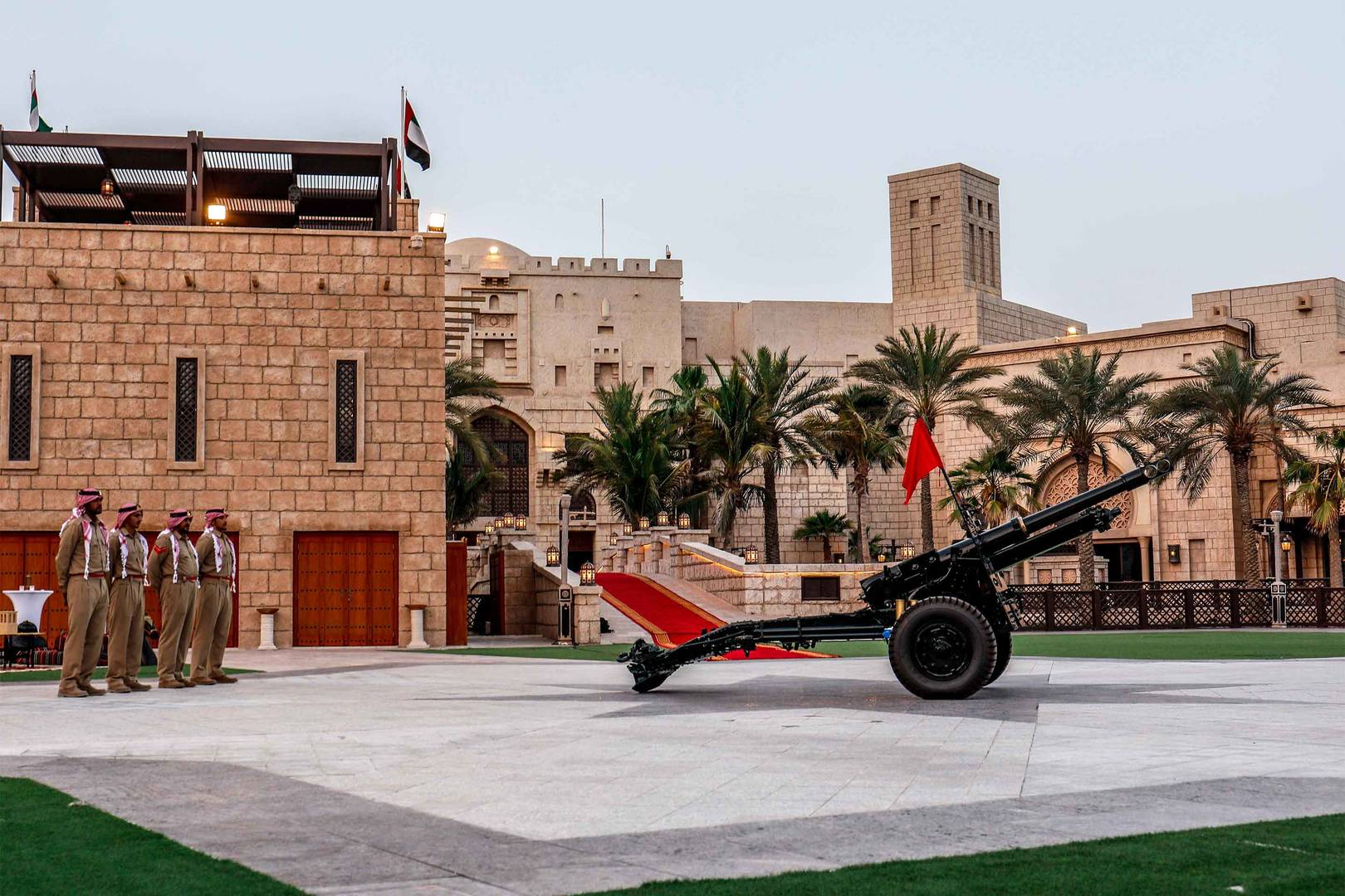 6-4_Ramadan-Cannon-at-Madinat-Jumeirah-3