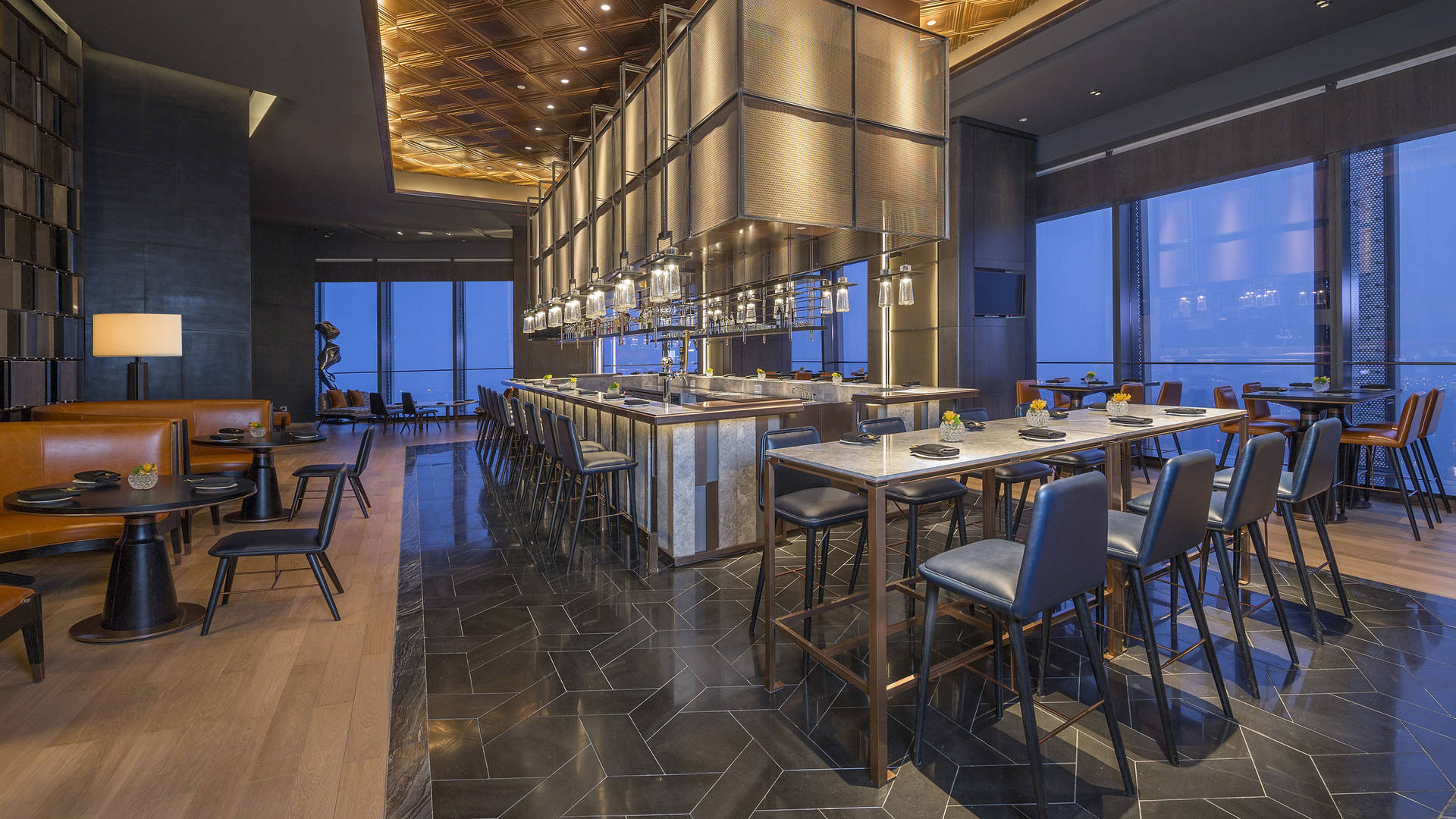 Zhuo Xian Seafood Bar with central bar and views