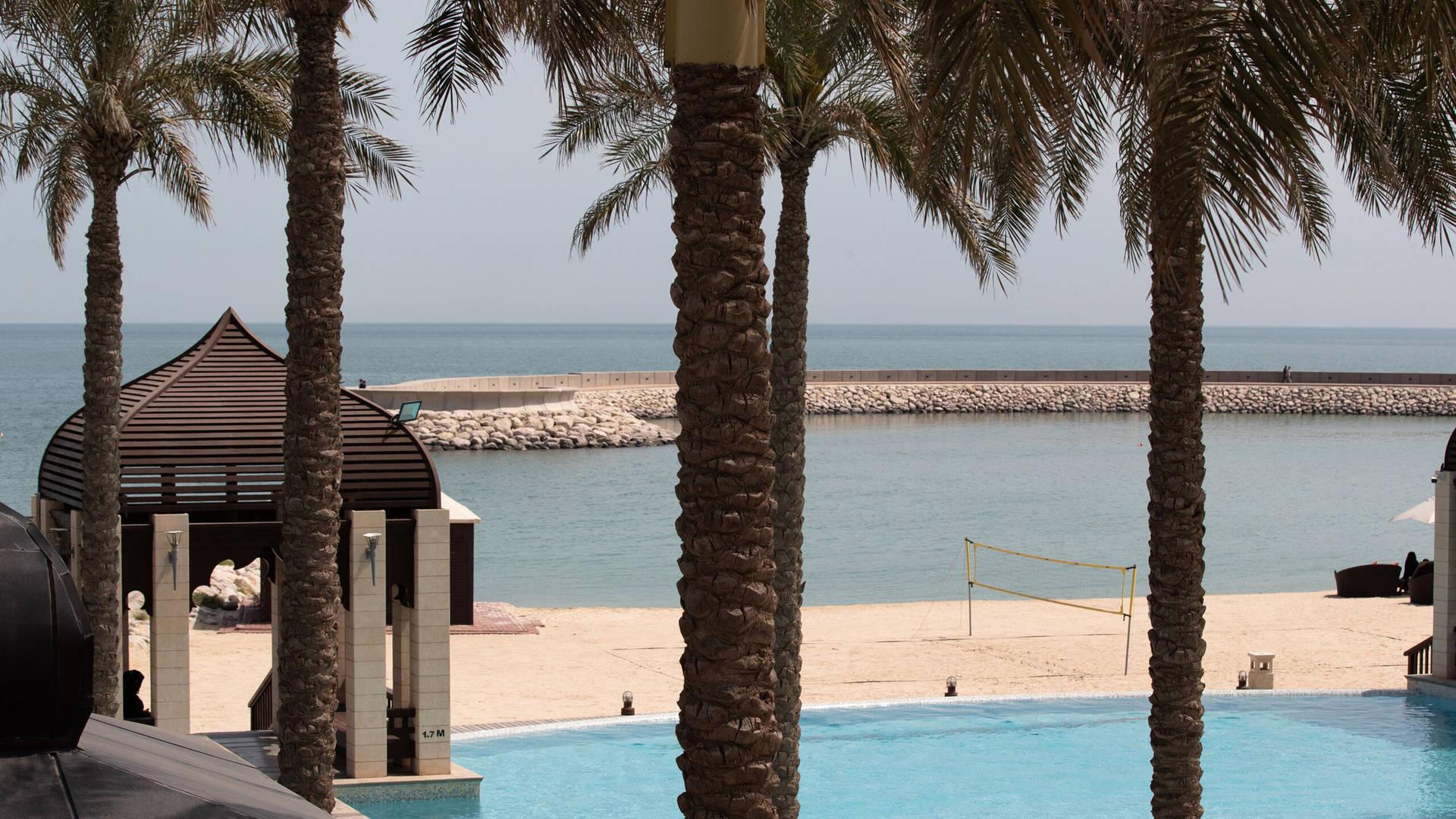Jumeirah Messilah Beach Hotel pool