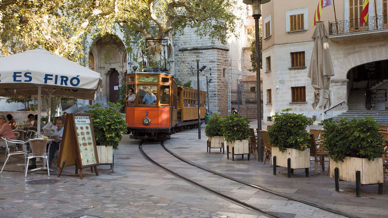 Mallorca market street
