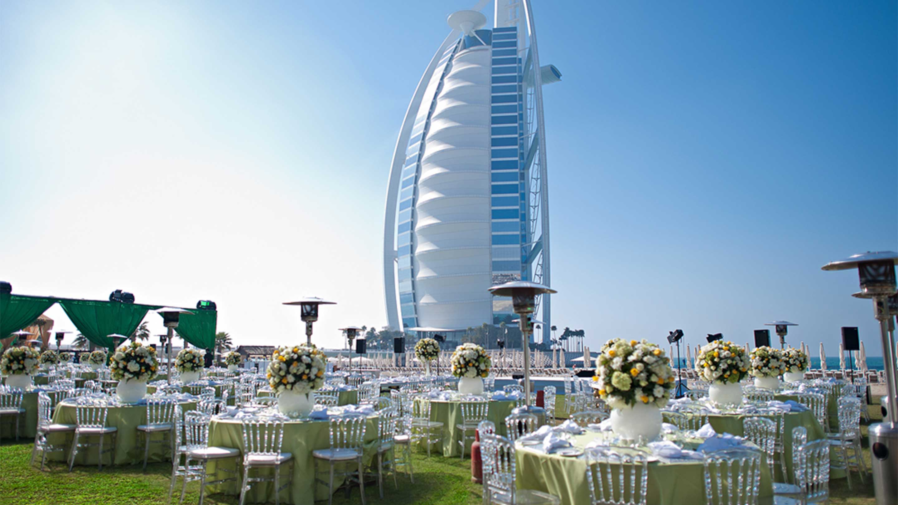 16-9_ Jumeirah-Beach-Hotel---Wedding-at-the-Events-Arena
