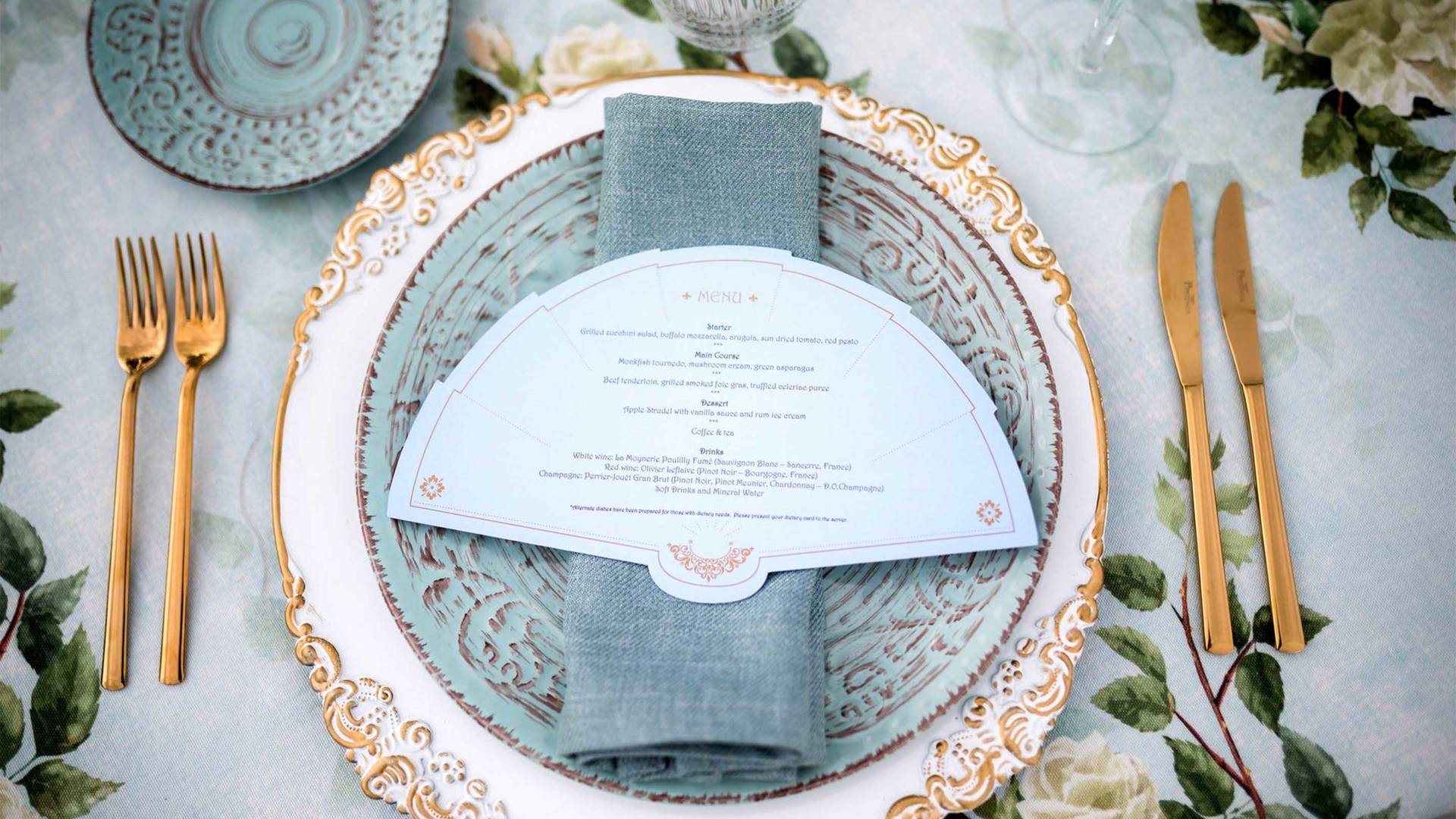 16-9_ Jumeirah-Port-Soller---Wedding-Place-Setting