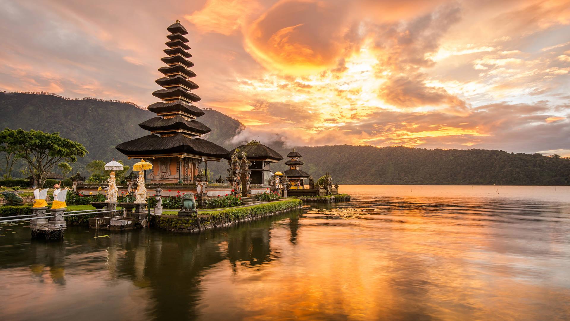 Ulun Danu Bali Temple