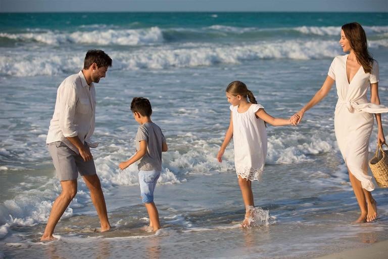 6-4_Jumeirah-at-Saadiyat-Island-Resort---Beach---Western-Family
