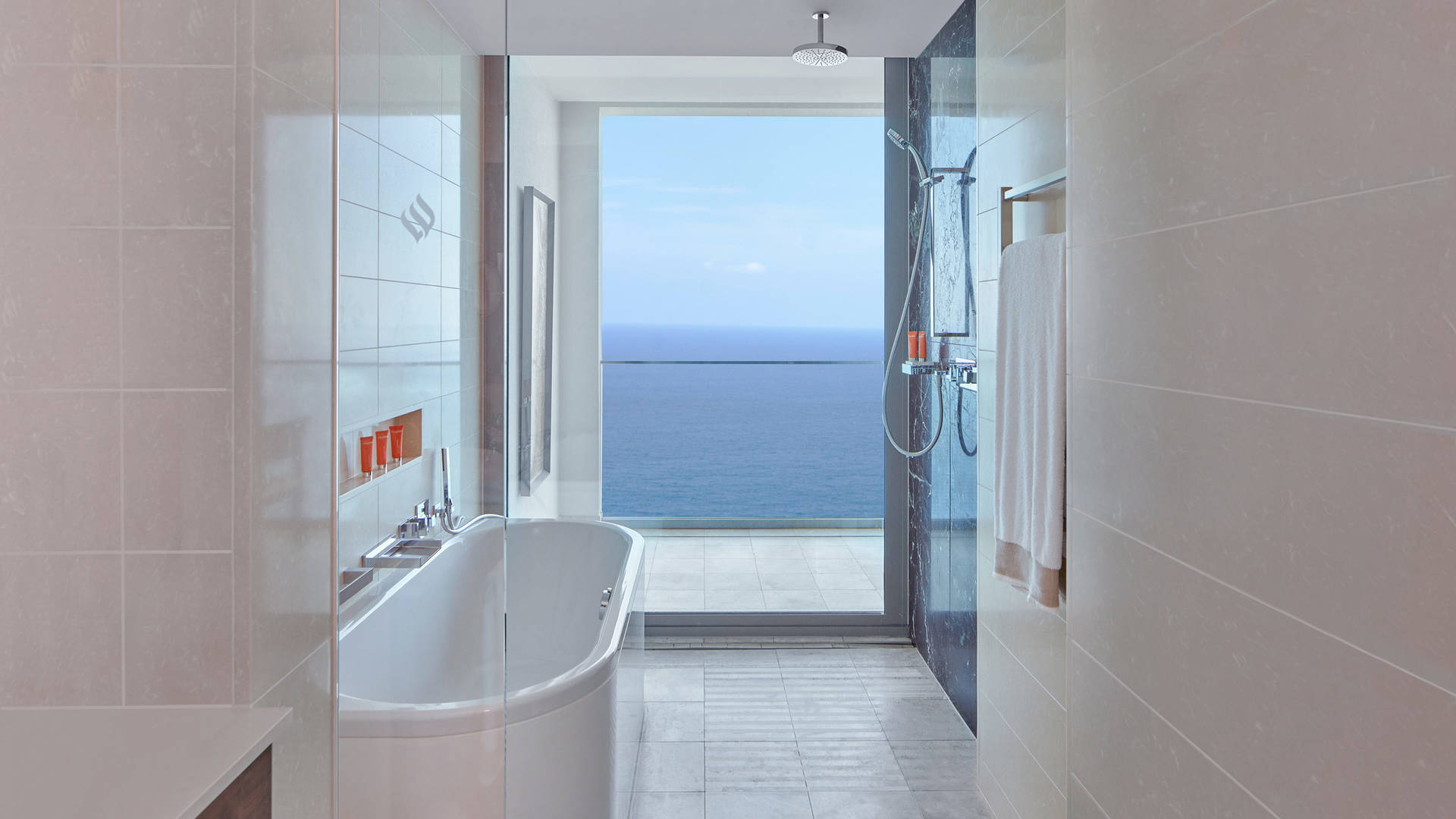 Jumeirah bathroom views port soller_16-9