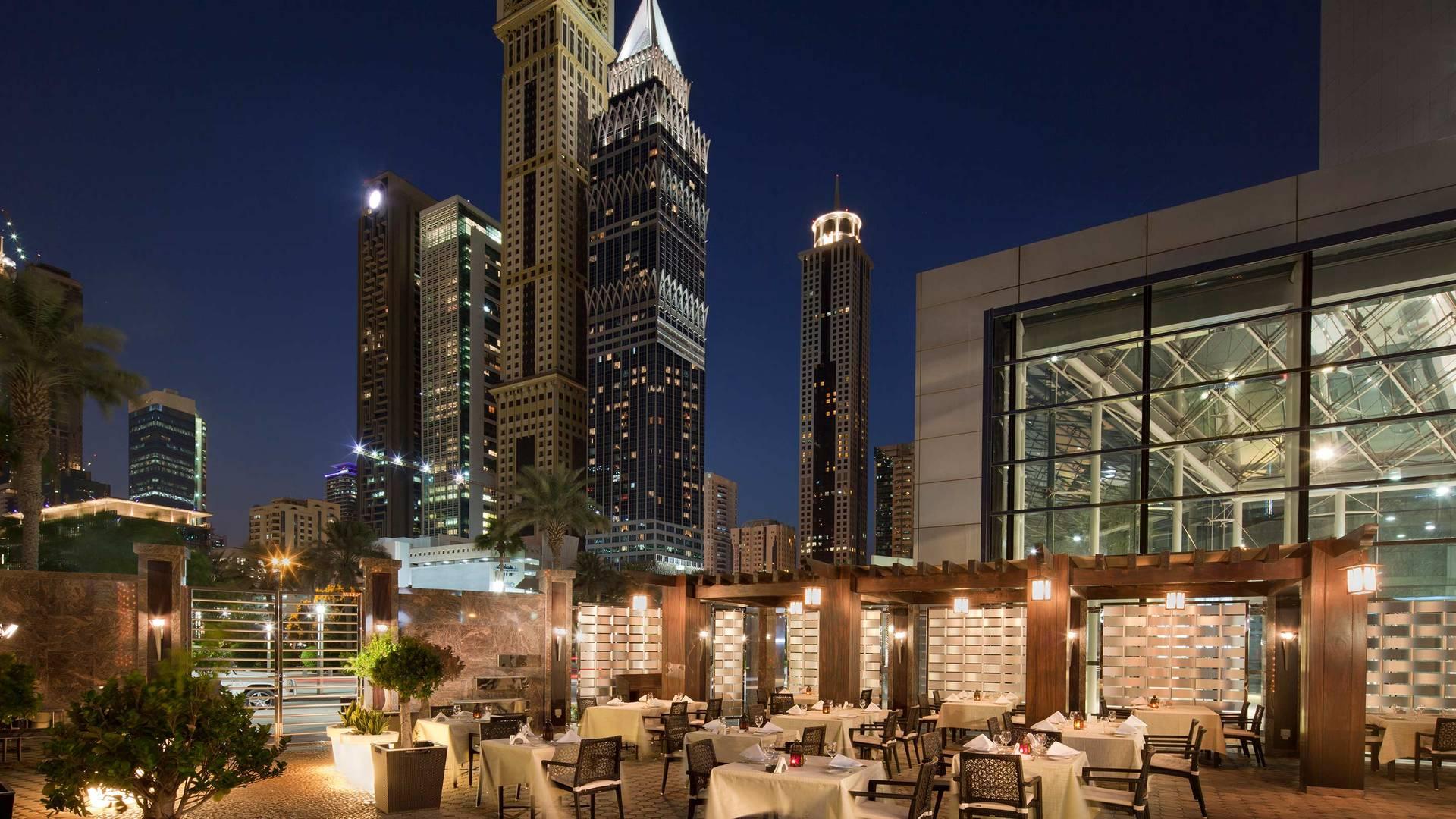 阿联酋中心酒店 Al Nafoorah 餐厅景致