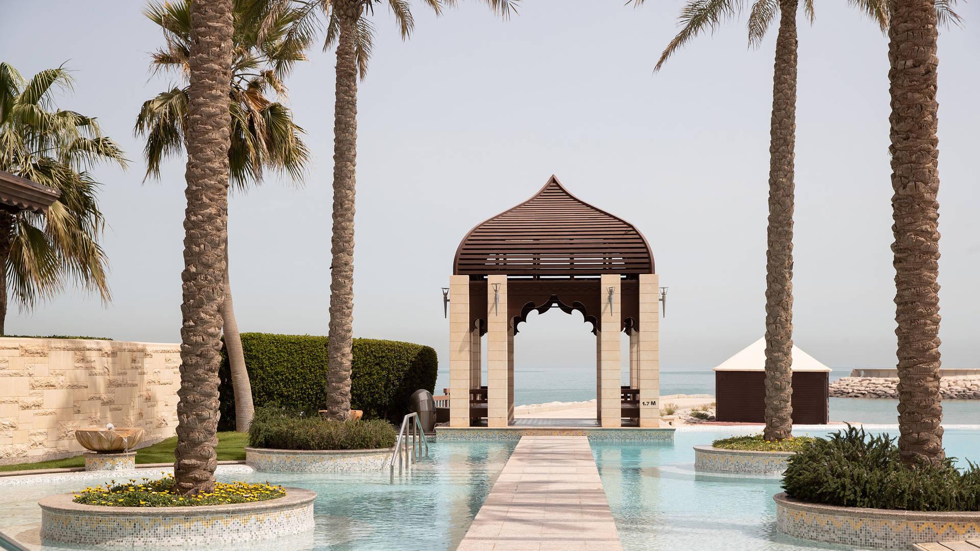 Infinity pool at Jumeirah Messilah