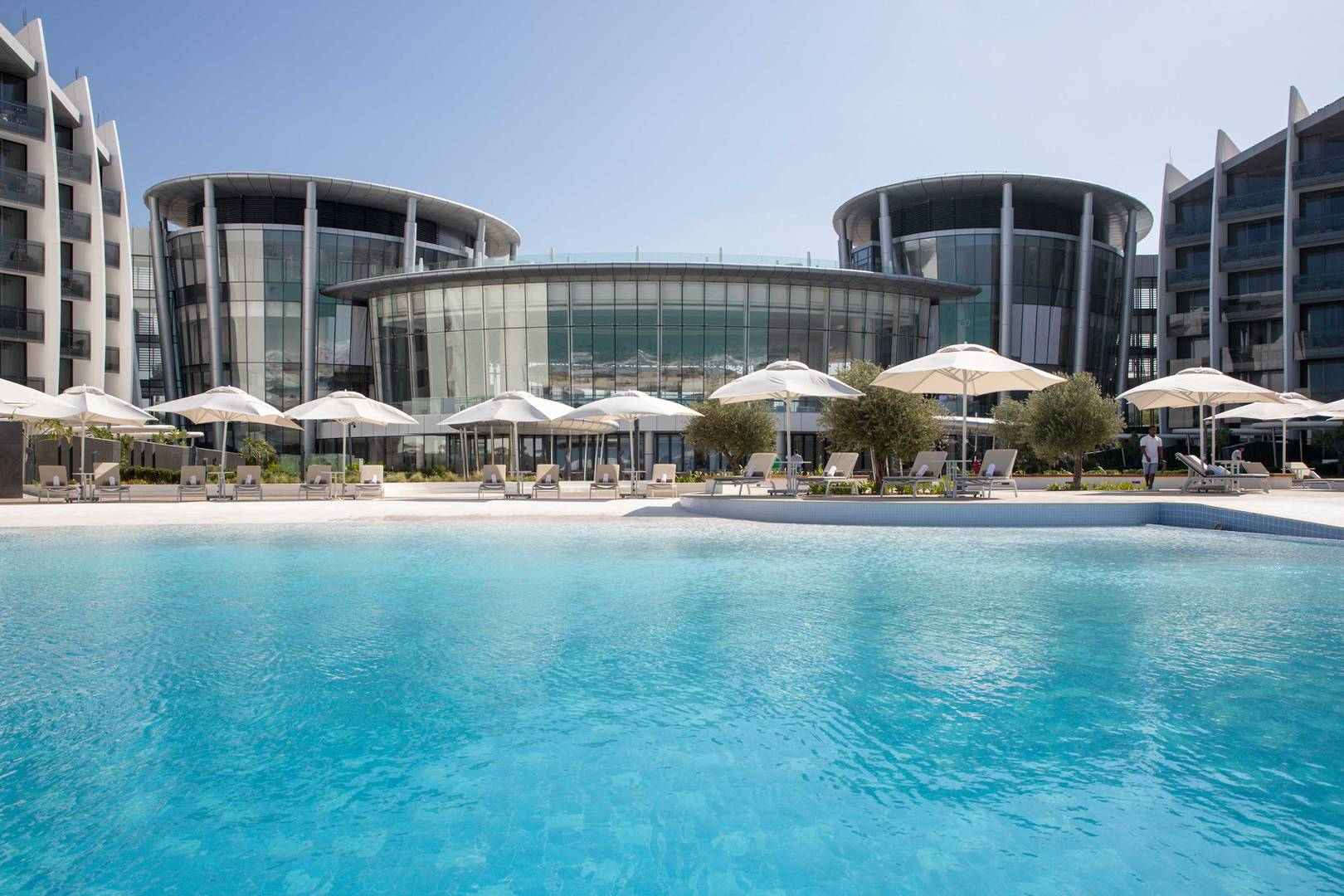 Front view of the Jumeirah Saadiyat Island Resort
