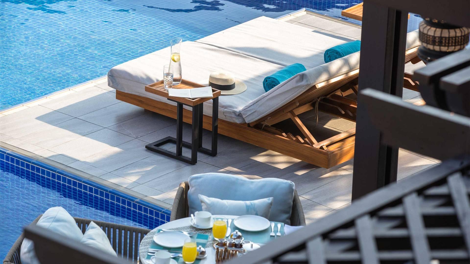 16-9_卓美亚棕榈岛皇家酒店别墅内的私人泳池