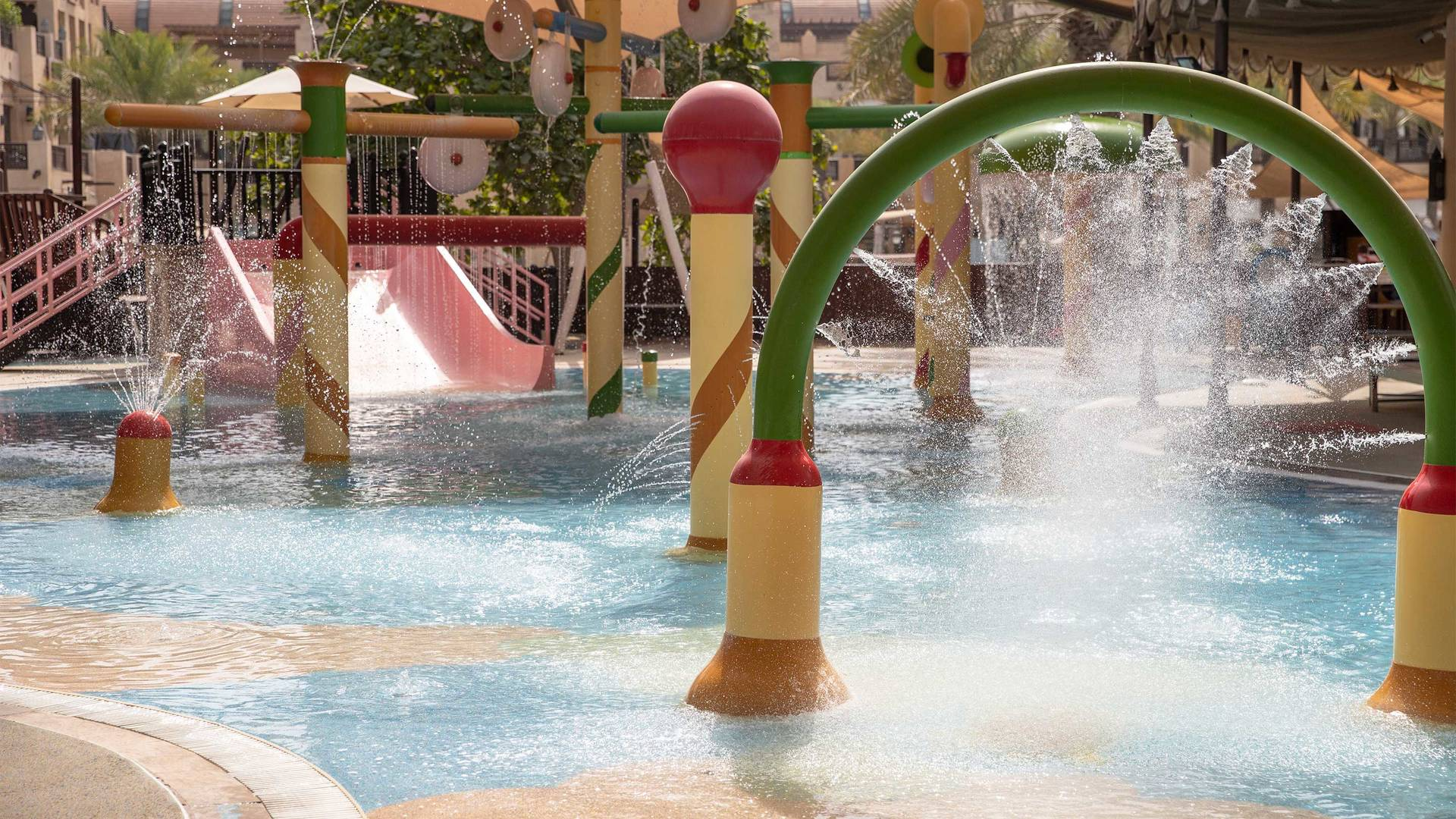 16-9_Jumeirah-Al-Qasr---Kids-Club