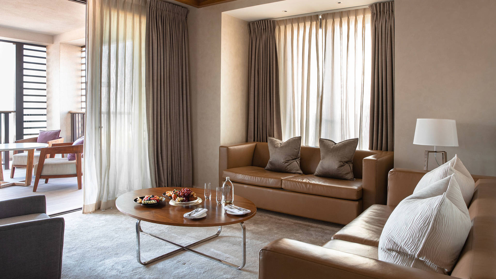 Family-Suite-Living-Room-Jumeirah-Al-Naseem