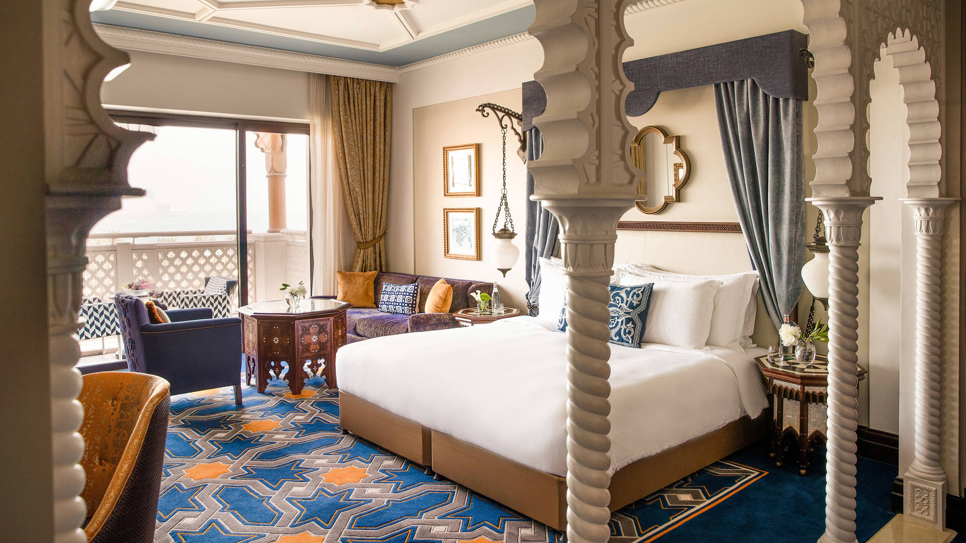 Executive-Ocean-Room-Jumeirah-Al-Qasr