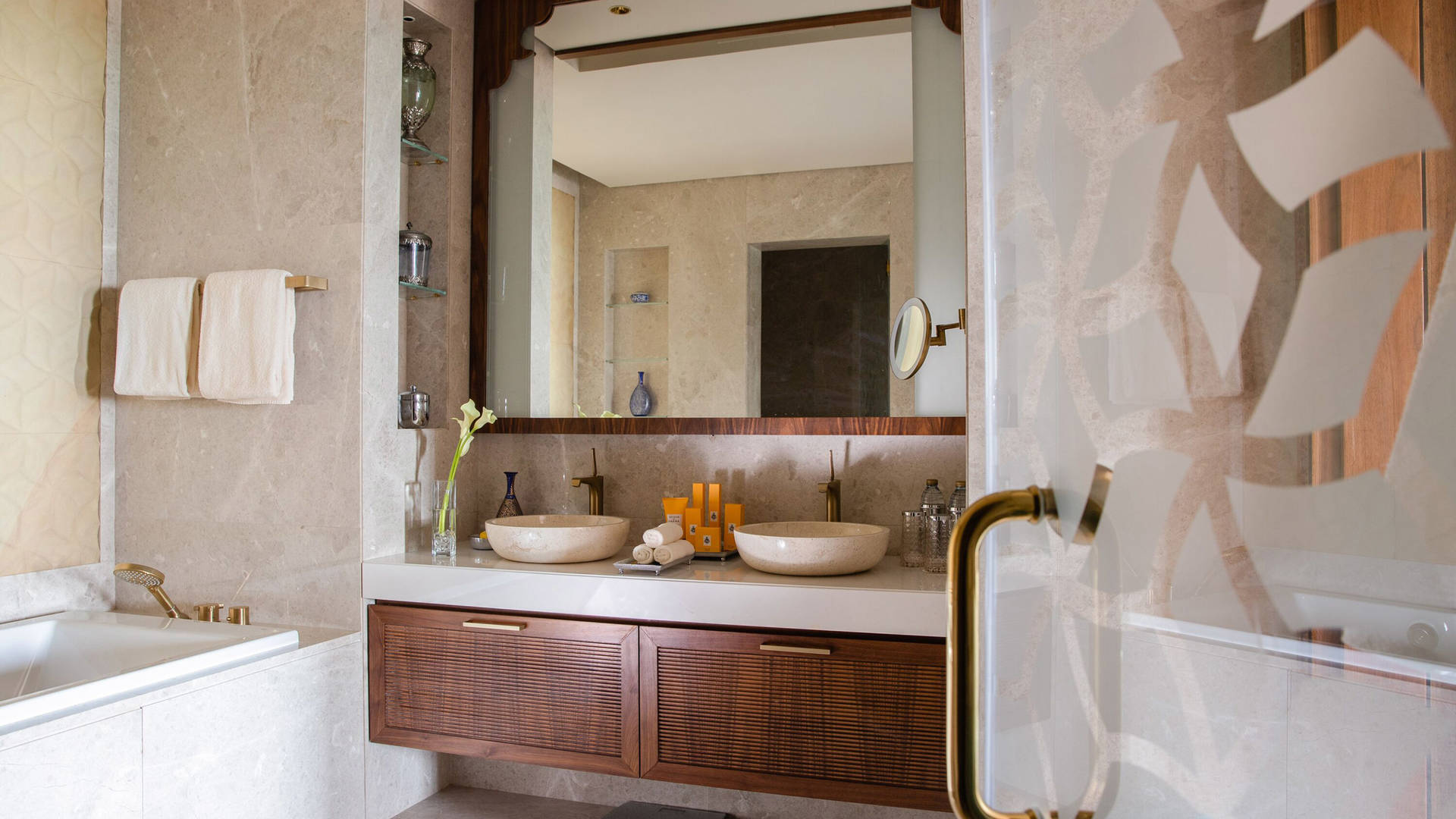 Presidential-Suite-Bathroom at Jumeirah Al Qasr